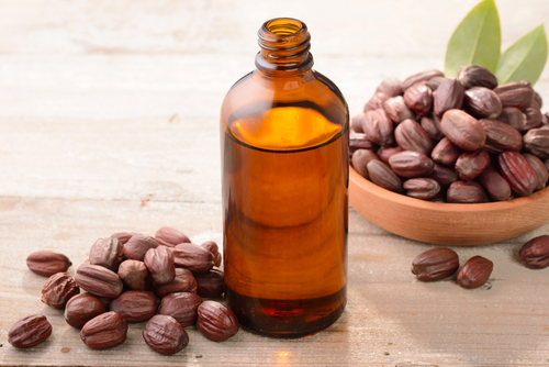 Jojoba Oil - Jojoba oil has anti-inflammatory properties which help to tame chaffing and chapping, reduce redness caused by drying, ease the effects of eczema and rosacea, and keep skin calm and comfortable. The Vitamin E and B-complex vitamins in the Jojoba oil help in skin repair and damage control.