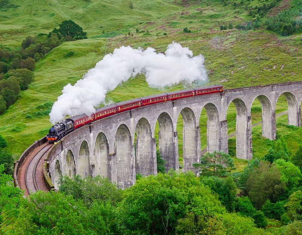 Jacobite-train-hogwarts-express.jpg