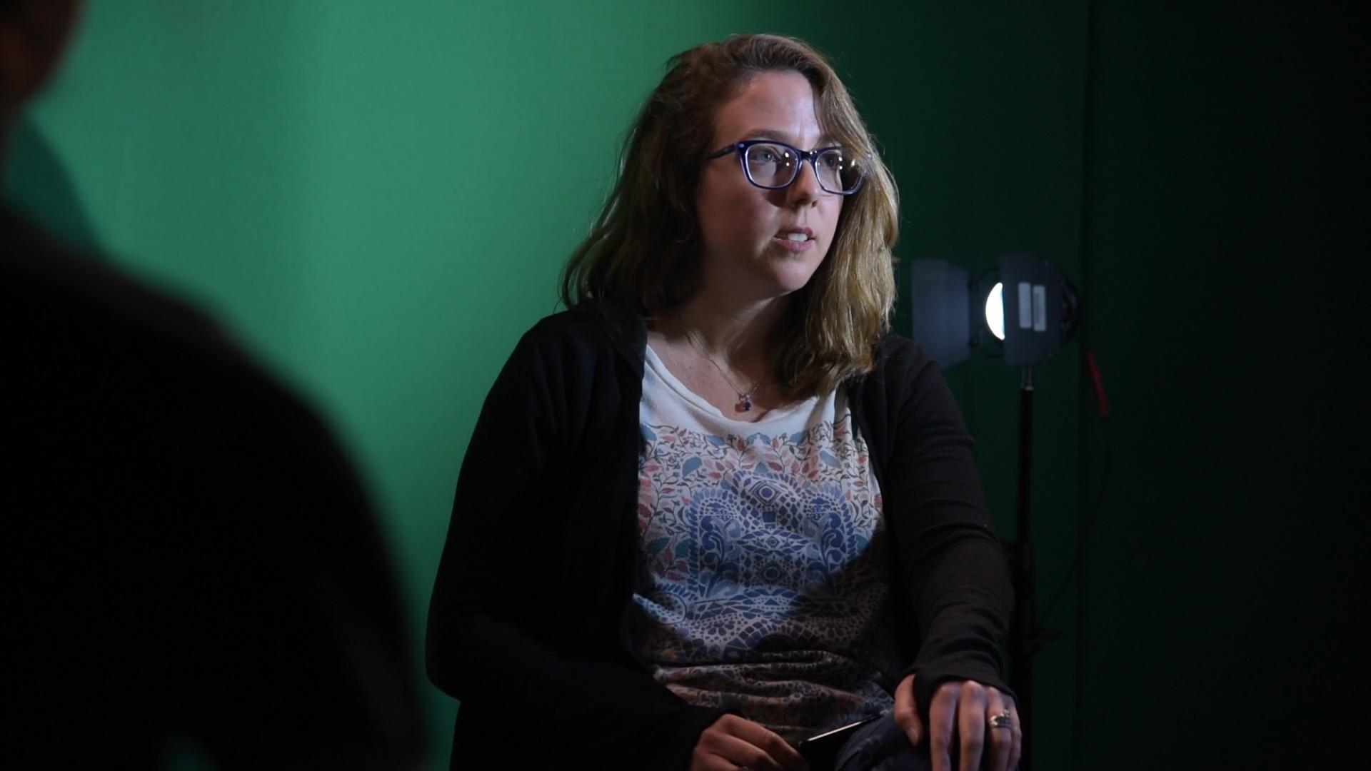 Melanie Green behind the scenes on the set of Geena Matuson's (@geenamatuson) film shoot, 2019. Cinematography by Matthew DeVirgilio. See more @ geenamatuson.com.
