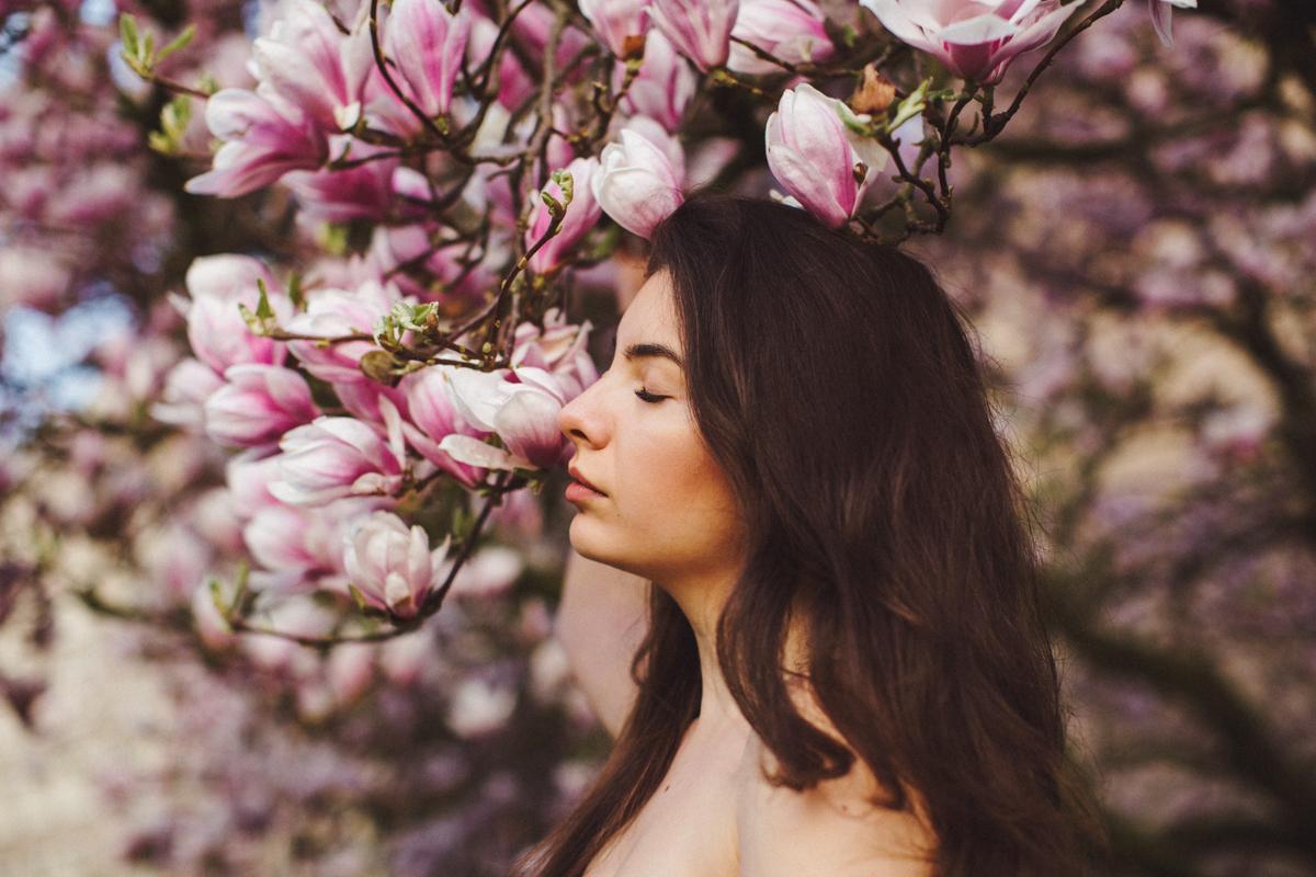 margaritacruz.art - 24 (blossom, magnolia, photosession, portrait)April.jpg