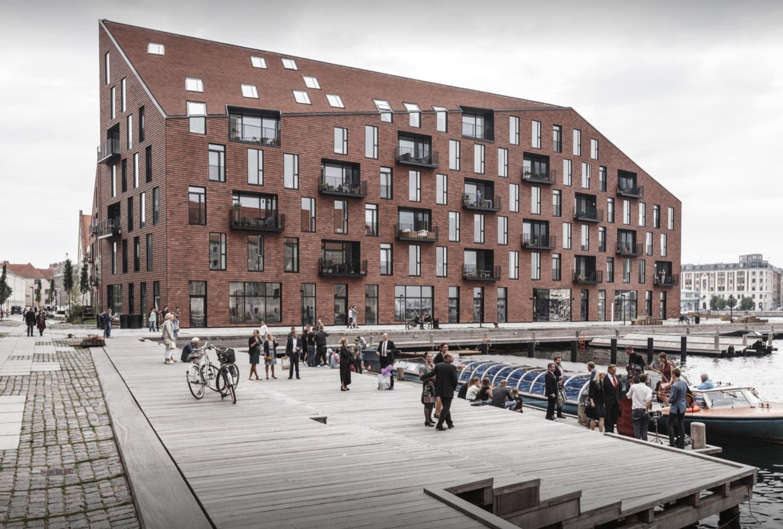 - Krøyer Square / Vilhelm Lauritzen Architects + COBE [Copenhagen, Denmark]