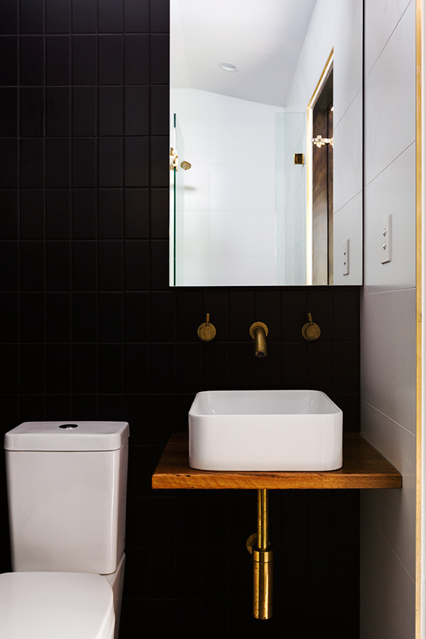 House of Alpine Bathroom.jpeg