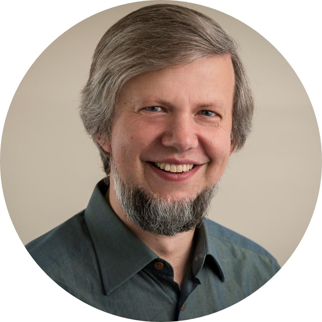 Andrew Parnasov - Ingeniero de Sistemas
