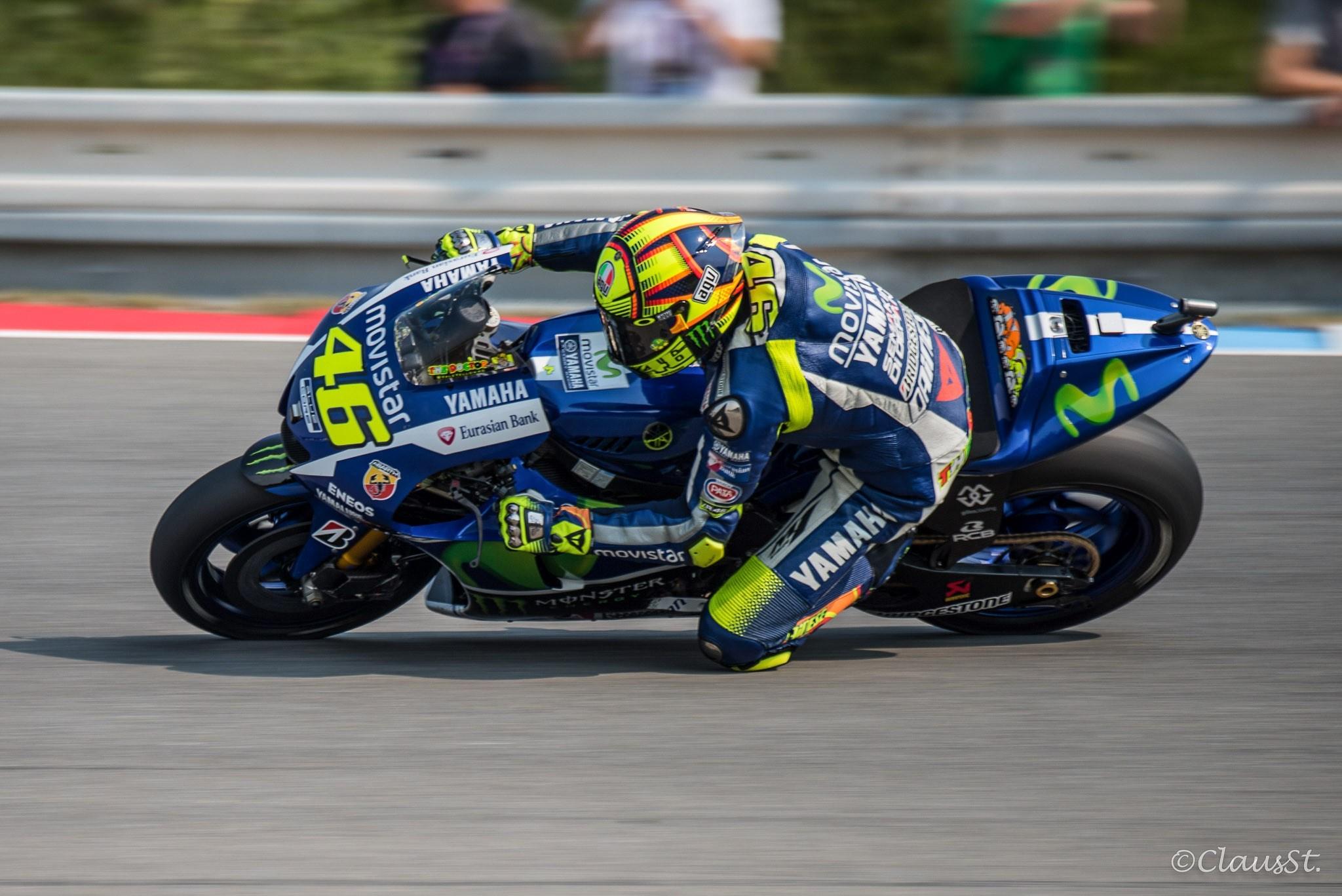Valentino-Rossi-3-3.jpg
