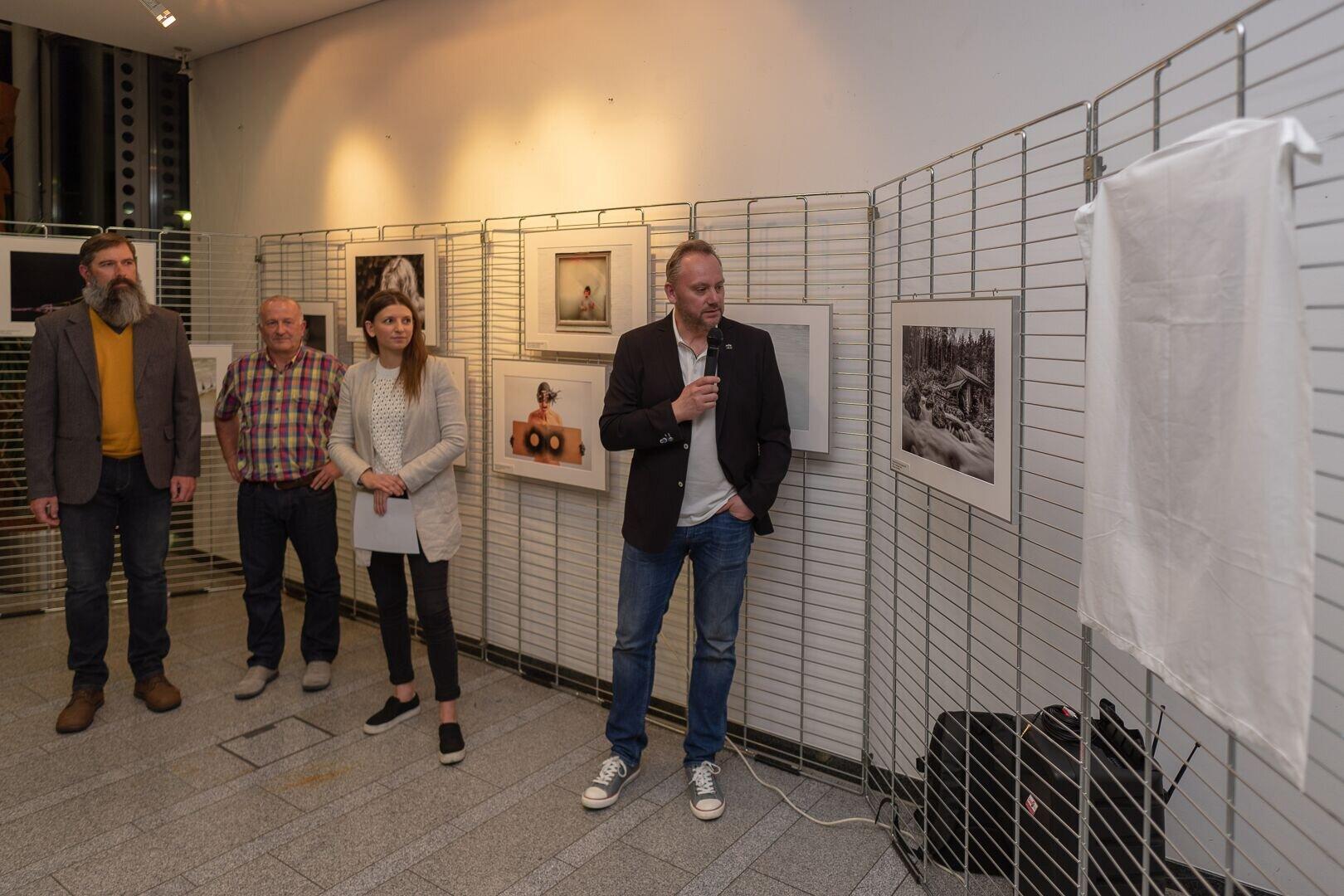 2019-04_Ausstellungseröffnung FdJ2018 (14).jpeg
