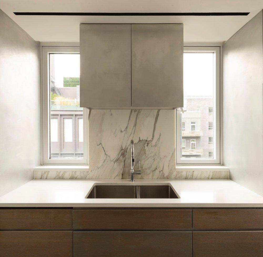 apt+kitchen+sink+view+copy.jpg