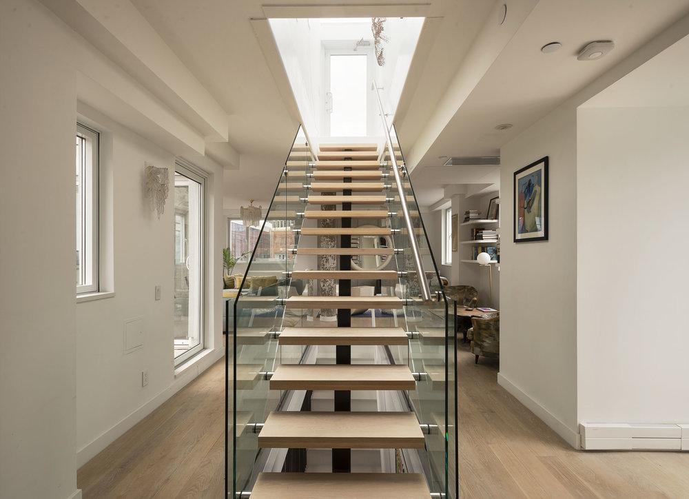 apt+stairs+head+on+view+copy.jpg