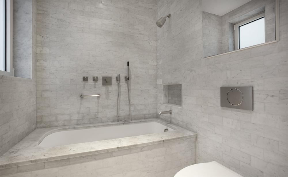 Bathroom+II.jpg