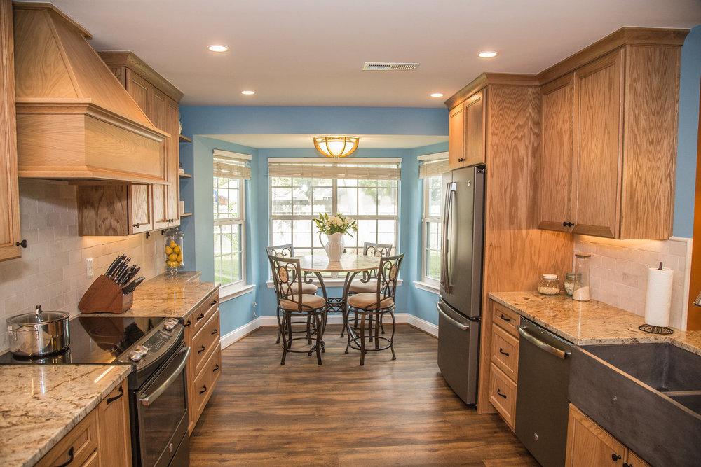 blue+and+brown+kitchen.jpg