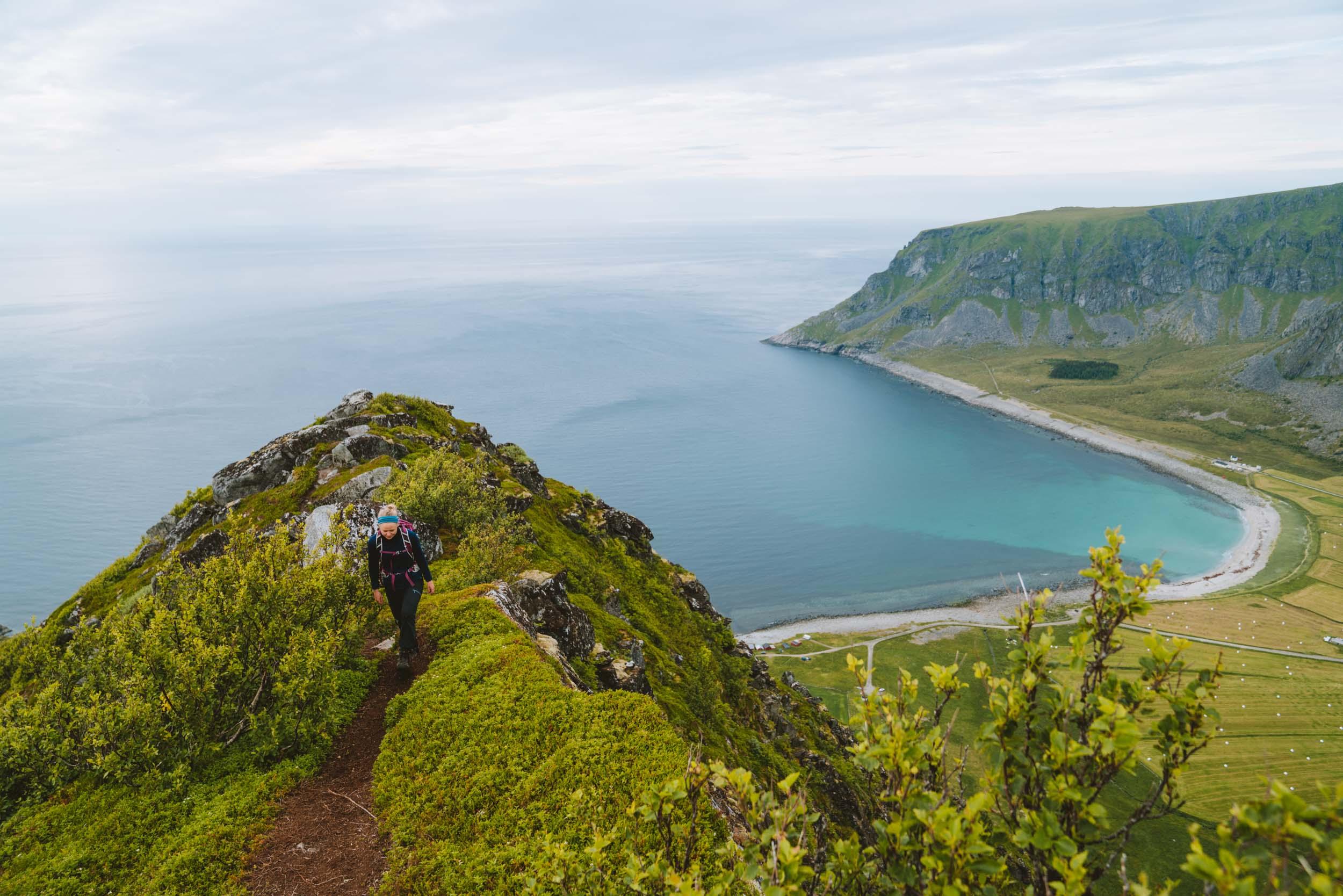 Aksla-Unstad-Lofoten.jpg