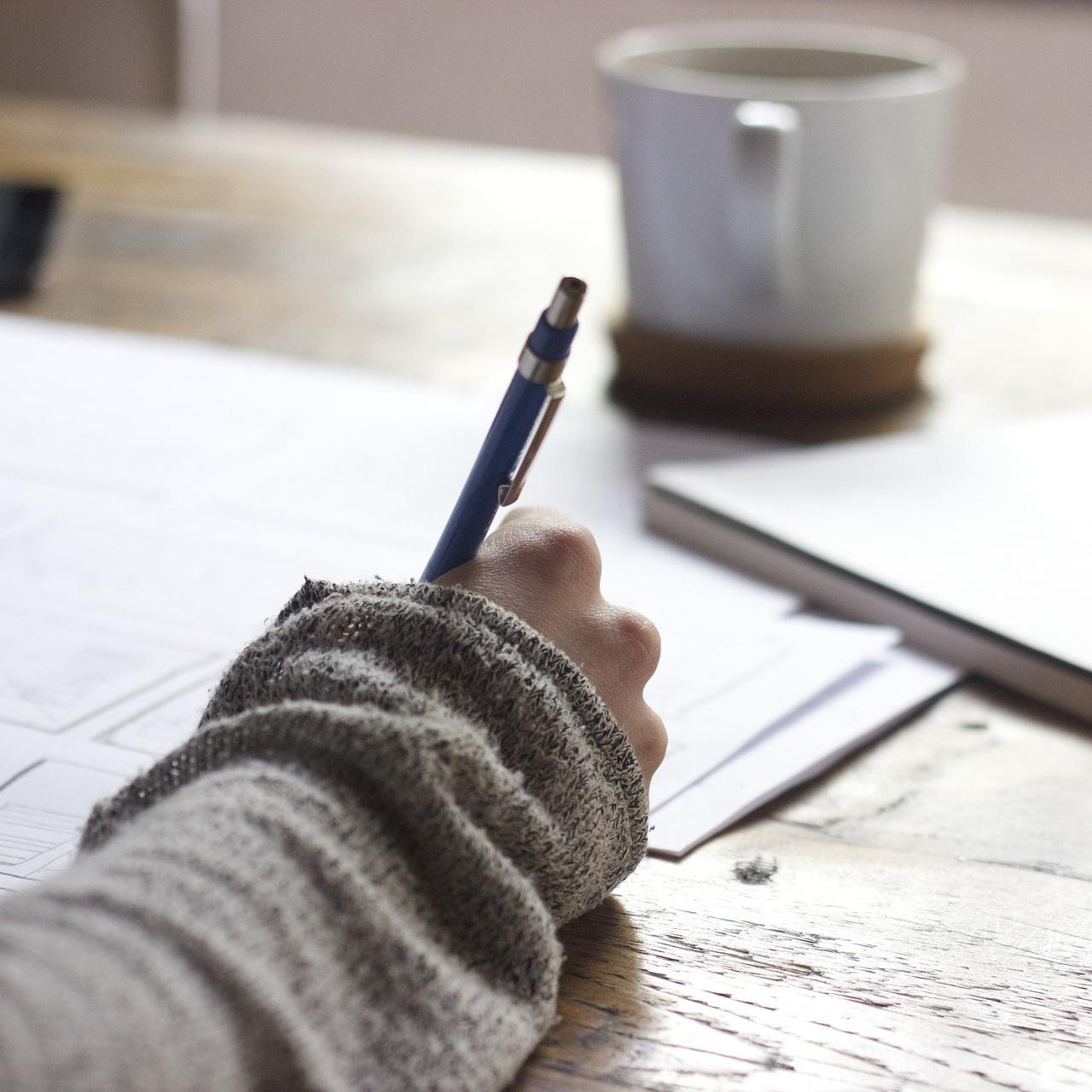 writing-blogs.jpg