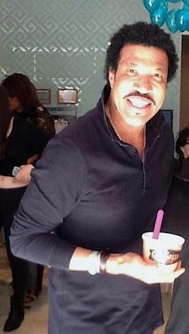 Lionel-Richie-Go-Greek-Yogurt