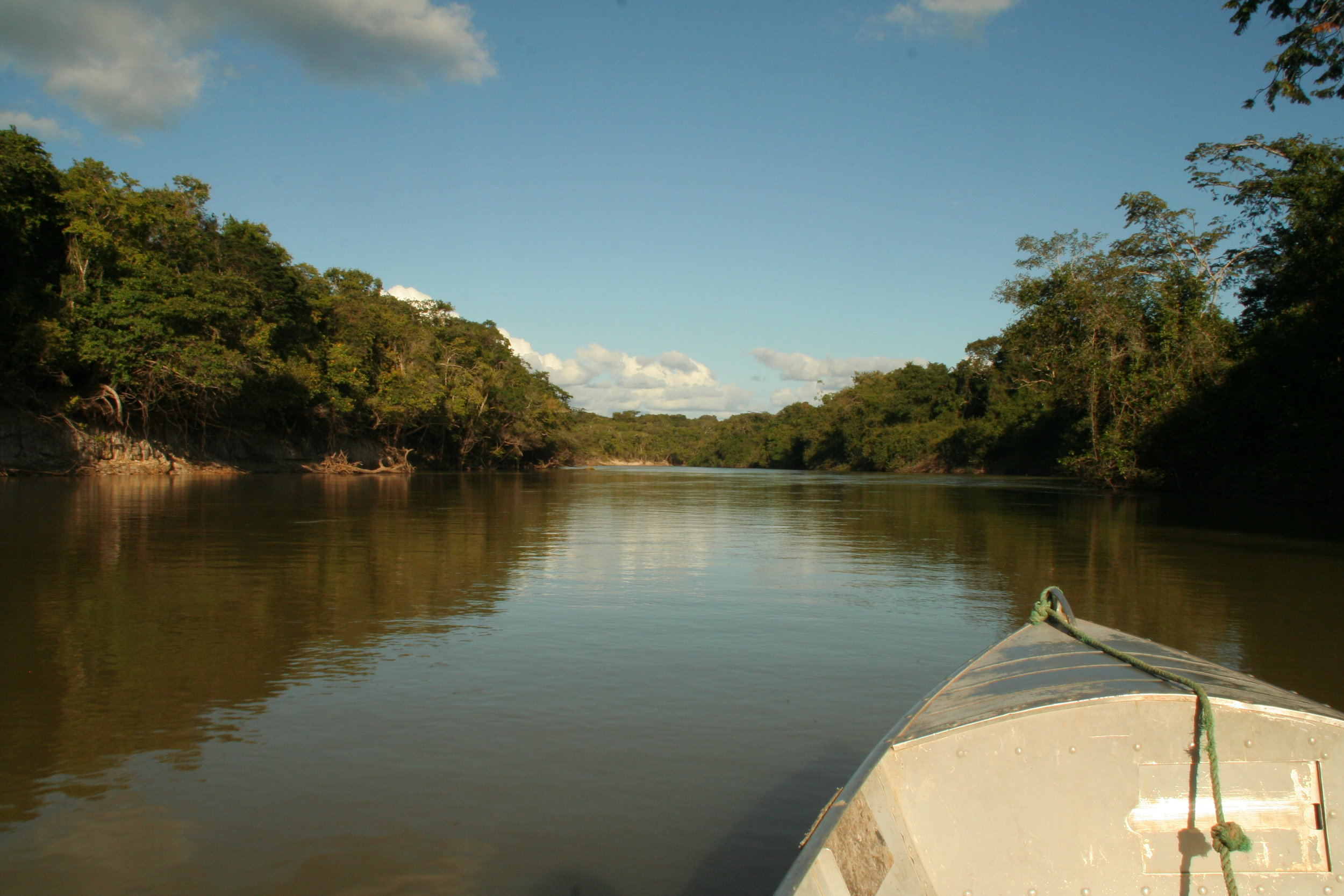 Heading upriver.JPG