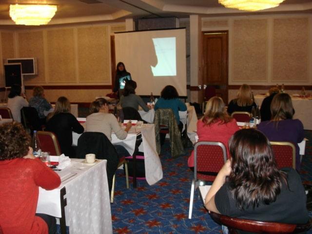 UK Lynsi Teaching-min.JPG