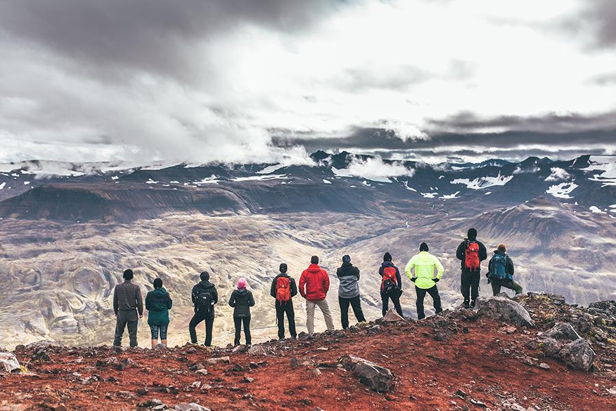 Chosen_Iceland2017_hikeandworkout-25 (1).jpg