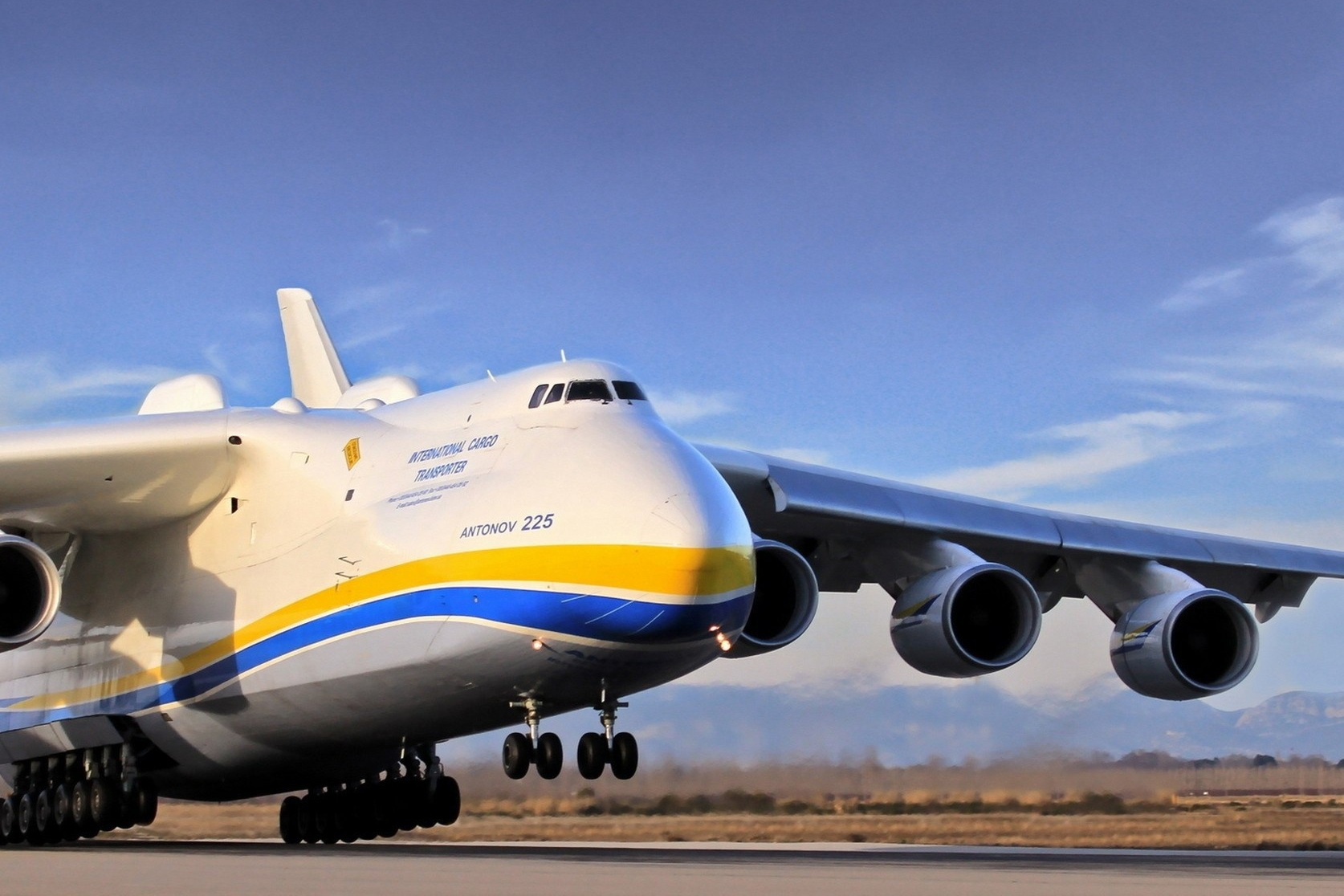 CARGO AIRCRAFT - We offer a comprehensive selection of cargo aircraft, from small aircraft for urgent 'go-now' charters or large freighters for outsize cargo.
