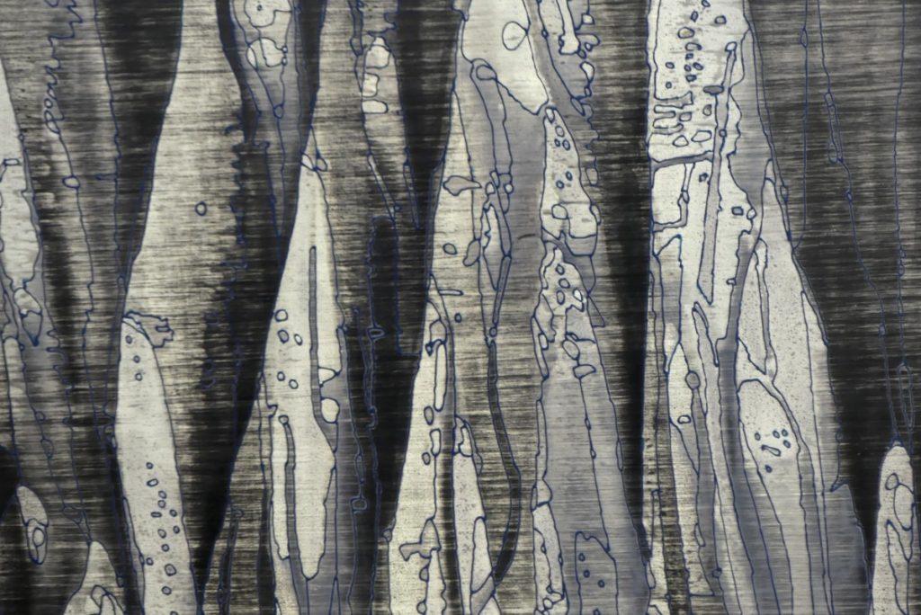 Andromède  détail - 200 x 100 cm Zinc, acides, acrylique