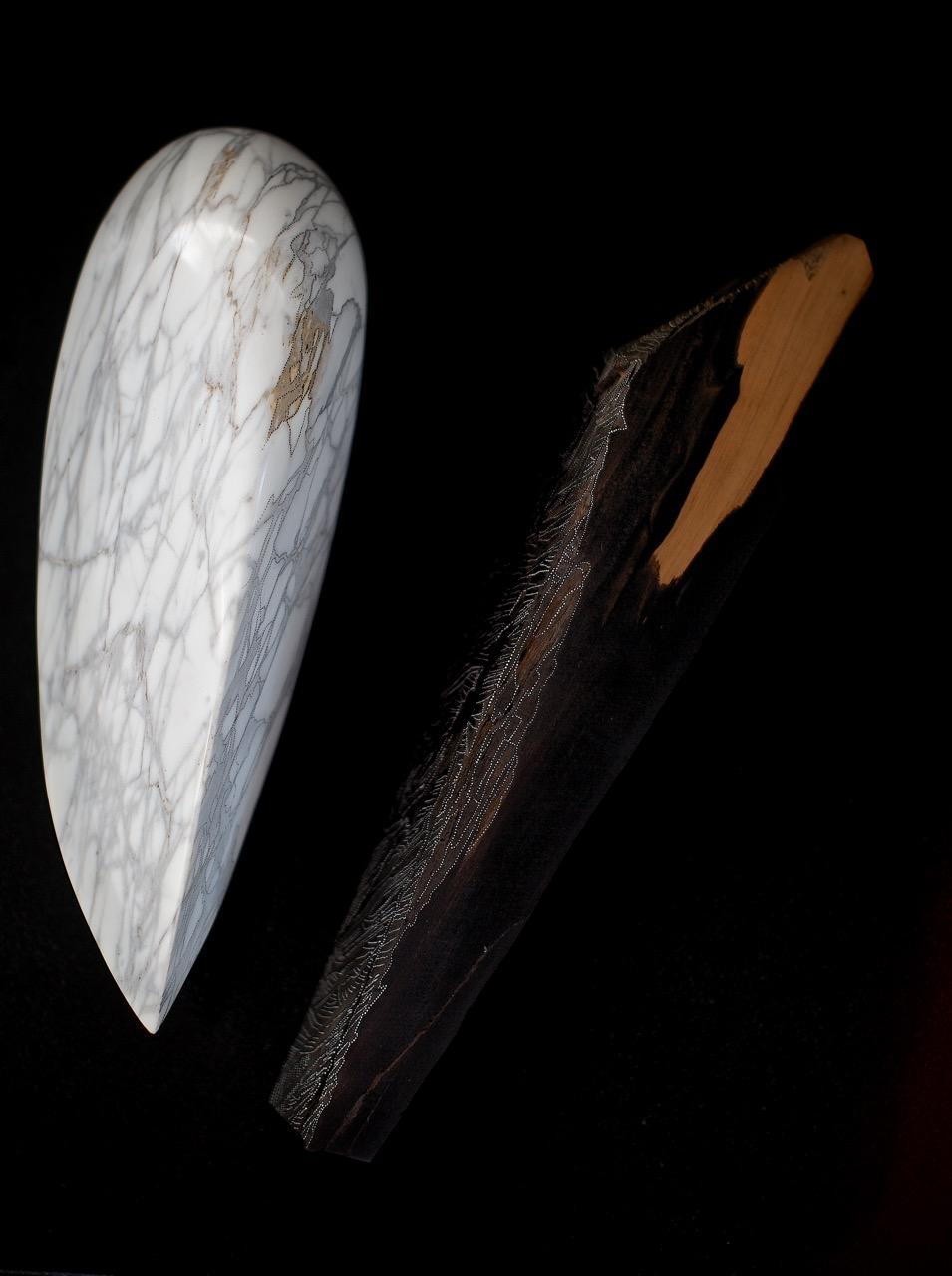 CONSCIENCE ENDORMIE  Marbre Arabescato, bois d'ébène de macassar, acrylique  40 x 50 x 20 cm