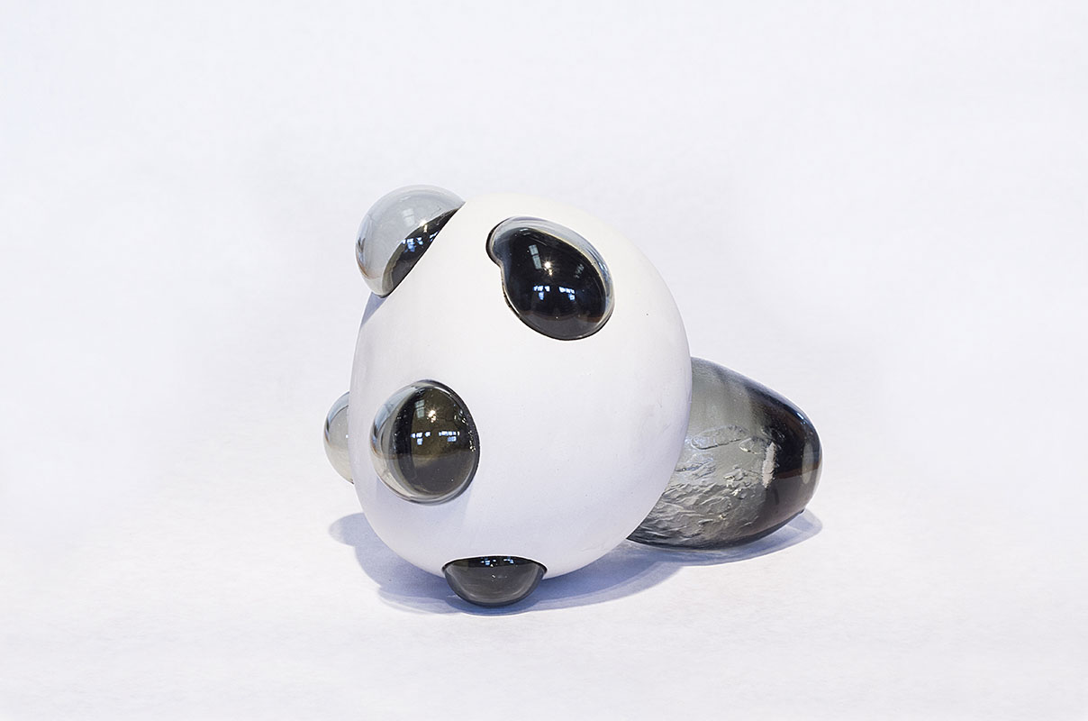 Daniel_Cavey___Michael_Hermann_Collaboration_Porcelain_Glass1.jpg