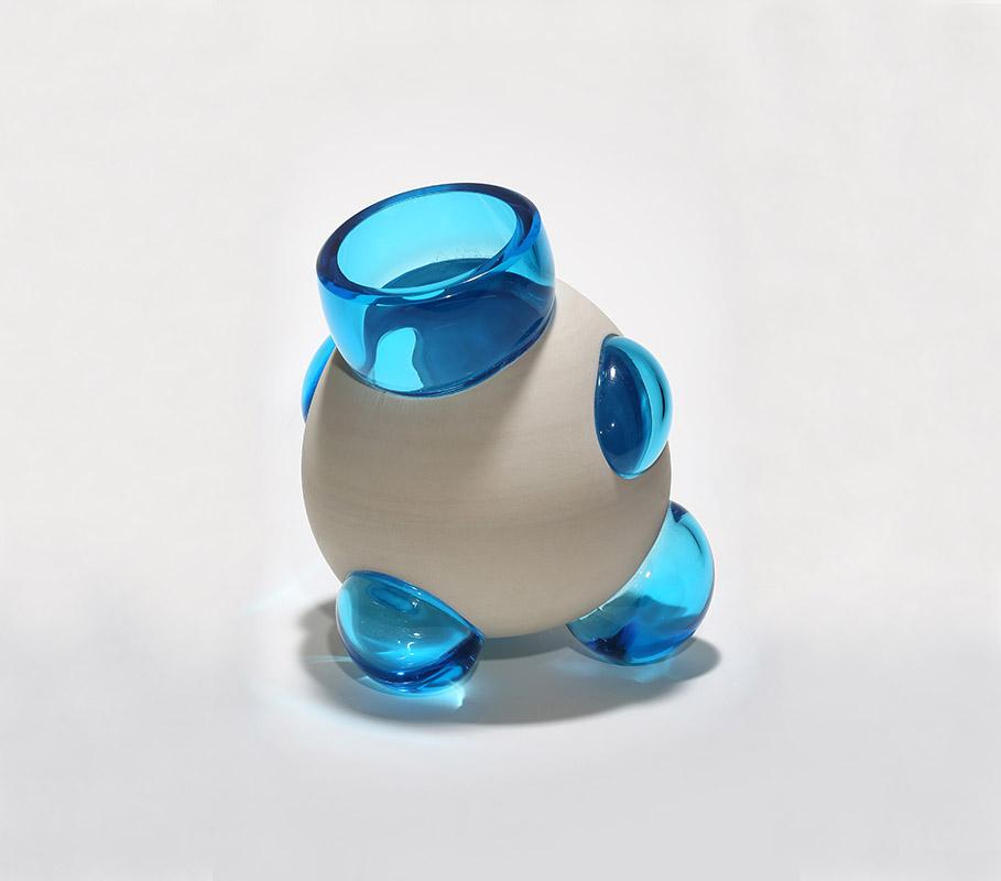 Daniel_Cavey___Michael_Hermann_Collaboration_Porcelain_Glass3.jpg