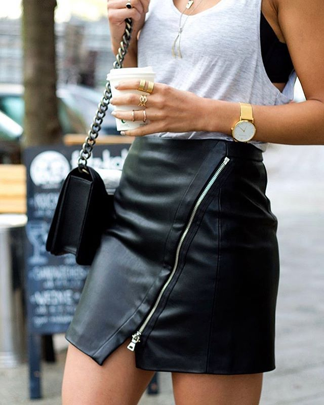 it's summer season so my favorite clothing (mini skirts!!) are coming out & I'm on the hunt for the perfect #veganleather mini. Will keep you updated on my search & if you have any brand suggestion LMK!!