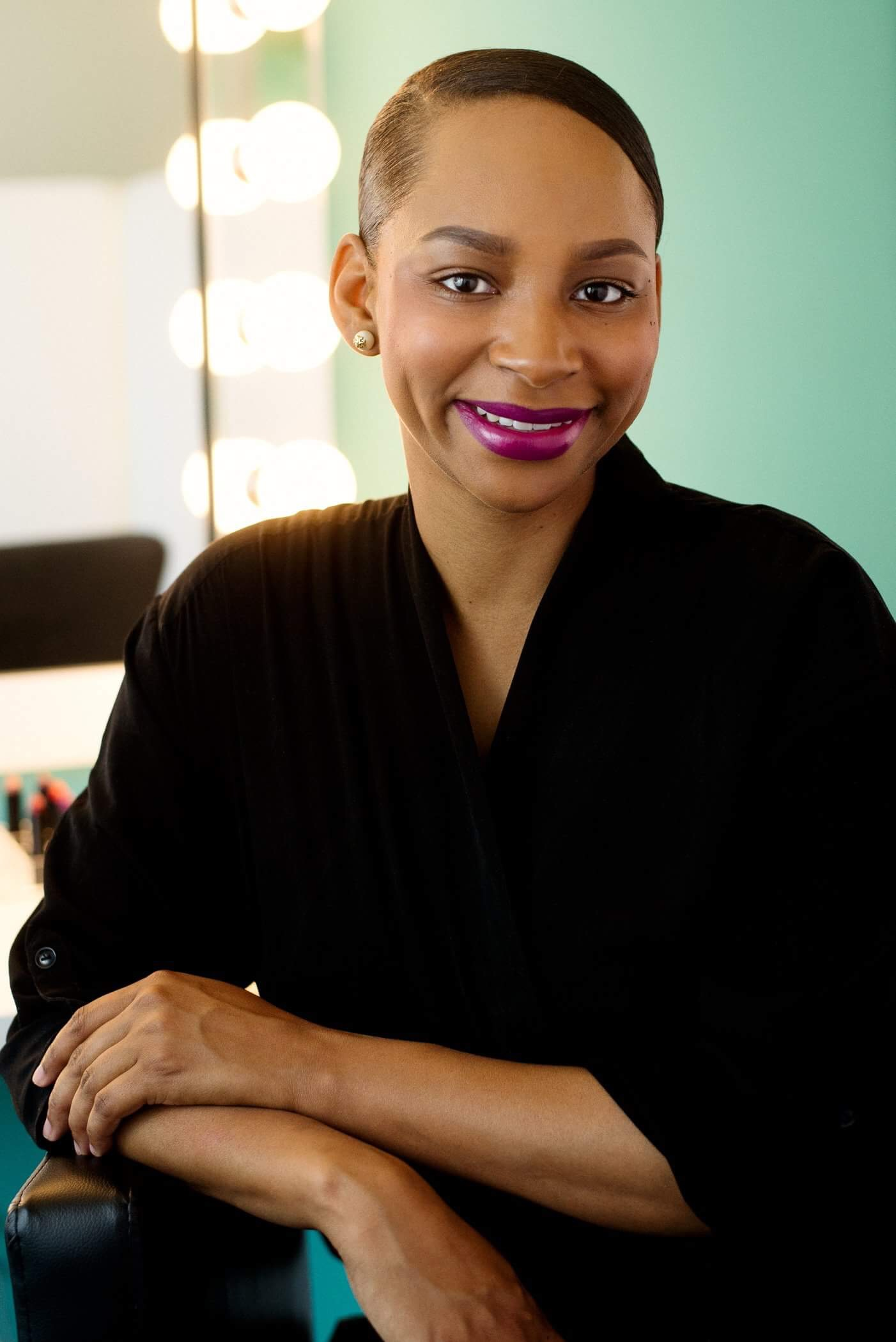 Obsessed? Same. Learn more about Marie Hunter Beauty: - @mariehunterbeautyfacebooksite