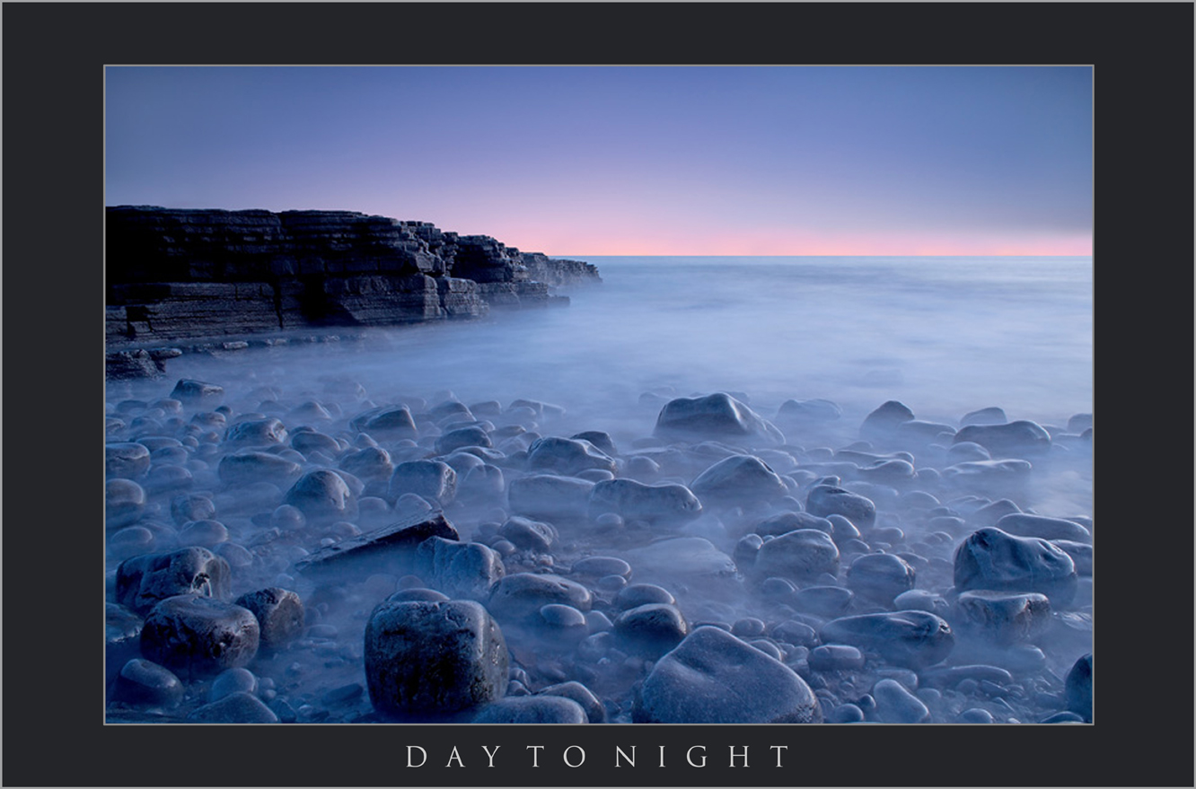 DAY TO NIGHT;LANDSCAPE PHOTOGRAPHY BARRY; IMAGES OF THE KNAP; PEBBLE BEACH; WATCHTOWER BAY; SOUTH WALES LANDSCAPE PHOTOGRAPHY.jpg