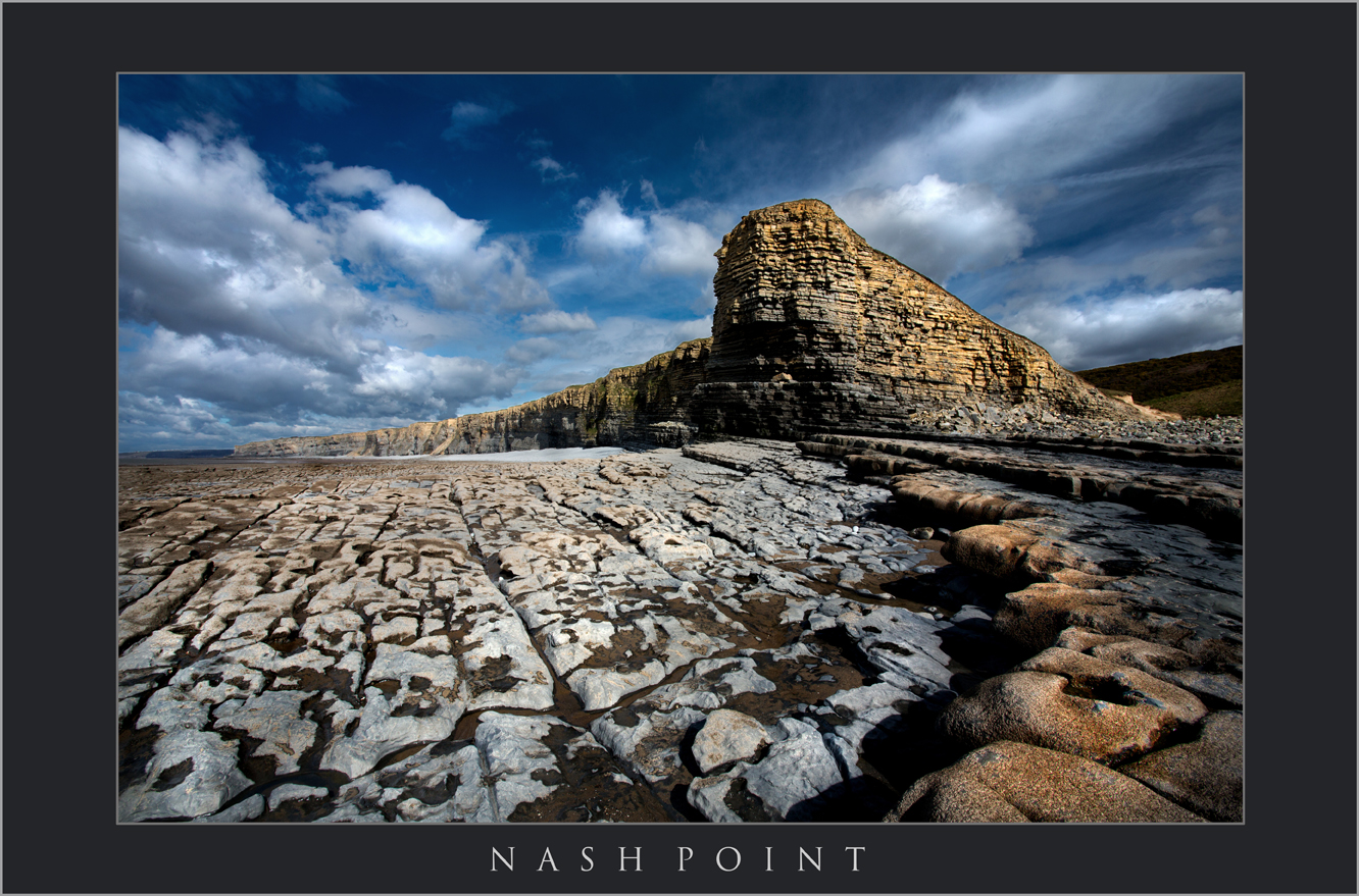NASH POINT; NASH POINT; VALE COASTAL PATH; SOUTH WALES LANDSCAPE PHOTOGRAPHY; NASH POINT JURASSIC COAST; SUNSET AT NASH POINT; BUY CANVAS OF NASH POINT; BLACK AND WHITE IMAGES OF BARRY_edited-1.jpg