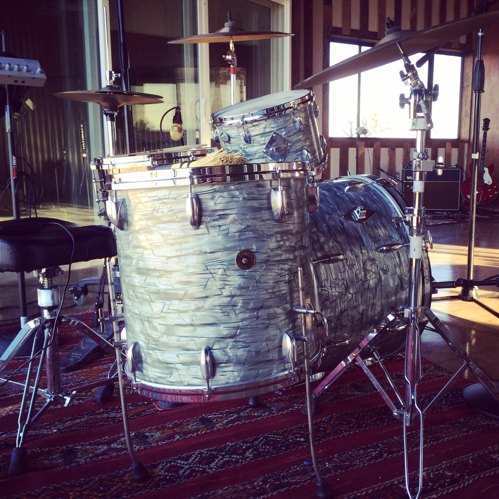 gretsch_drums_liveroom.jpg