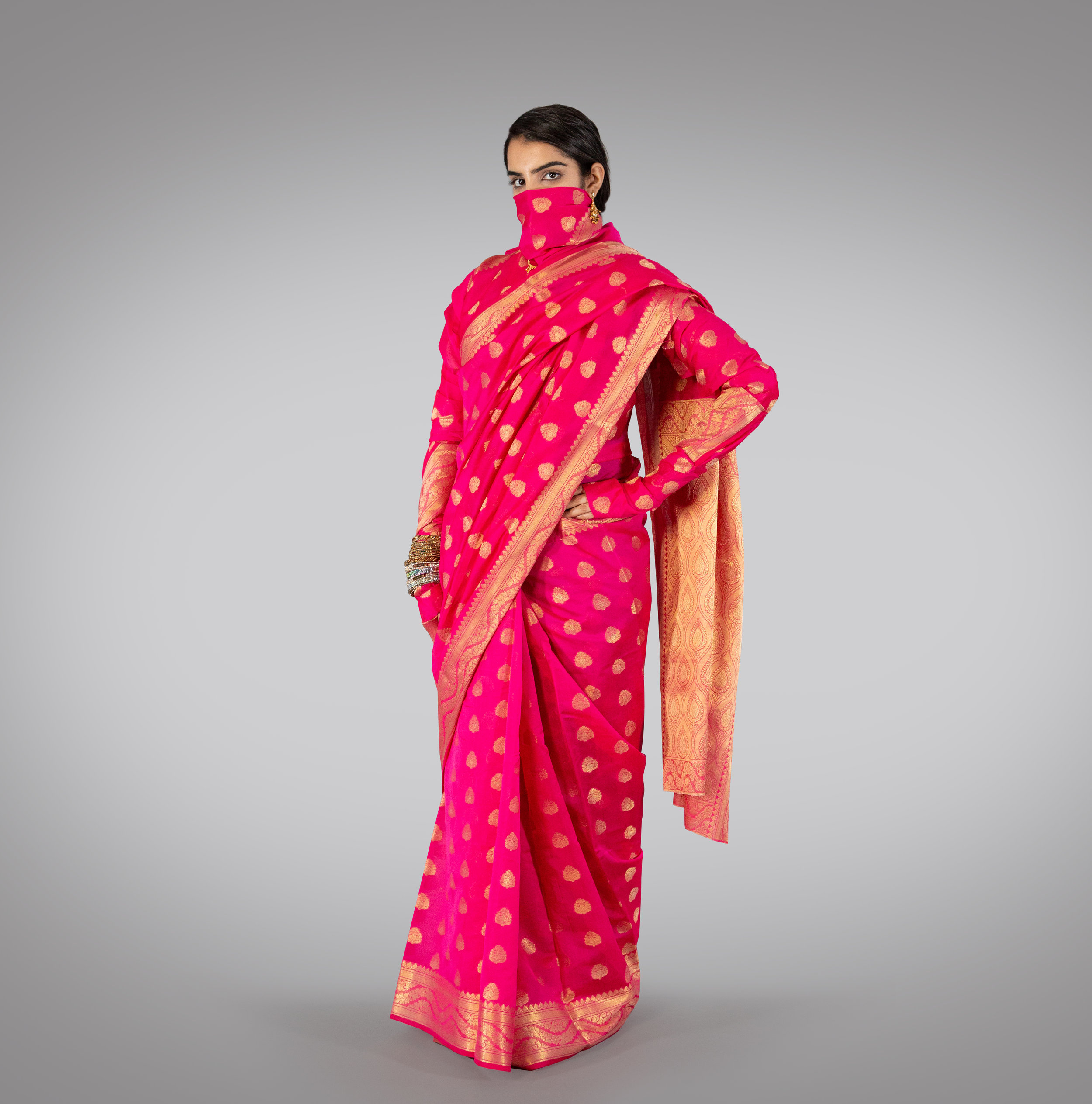 Sanskari Item-Number Saree