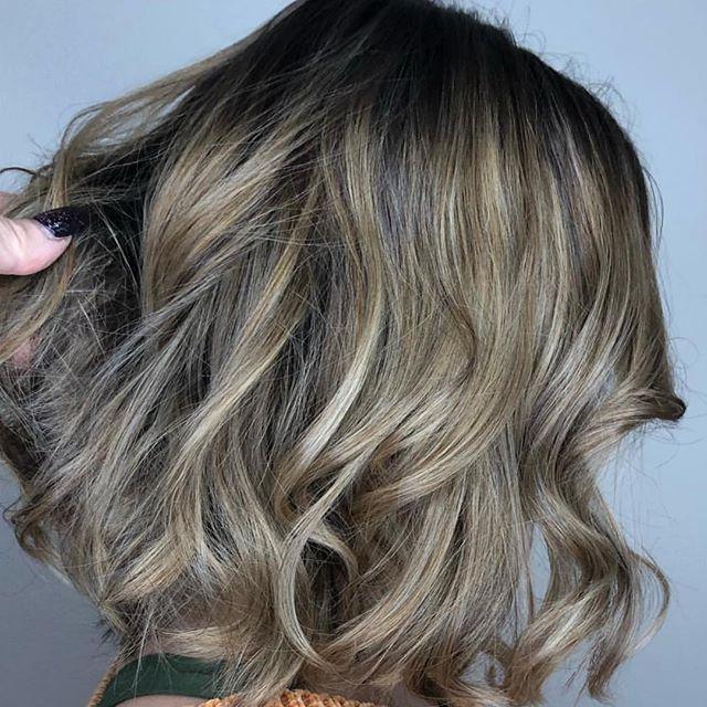 Gorgeous highlights + shadow root by Lisa! 💕 Call 407-682-7677 for scheduling! Stylist: Lisa | @lipstick_hippies . . . . . #altamontesprings #altamontehair #altamontehairstylist #altamontesalon #altamontehairsalon #salon #hair #esthetician #moriahbrandonsalon #orlando #orlandosalon #orlandohair #orlandonails #altamontenails #hairstyles #haircolor #haircut #hairstylist #hairdresser #moriahbrandons #behindthechair #modernsalon #hotonbeauty #instagood #instahair #hairgoals #hairinspo #shadowroot #highlights