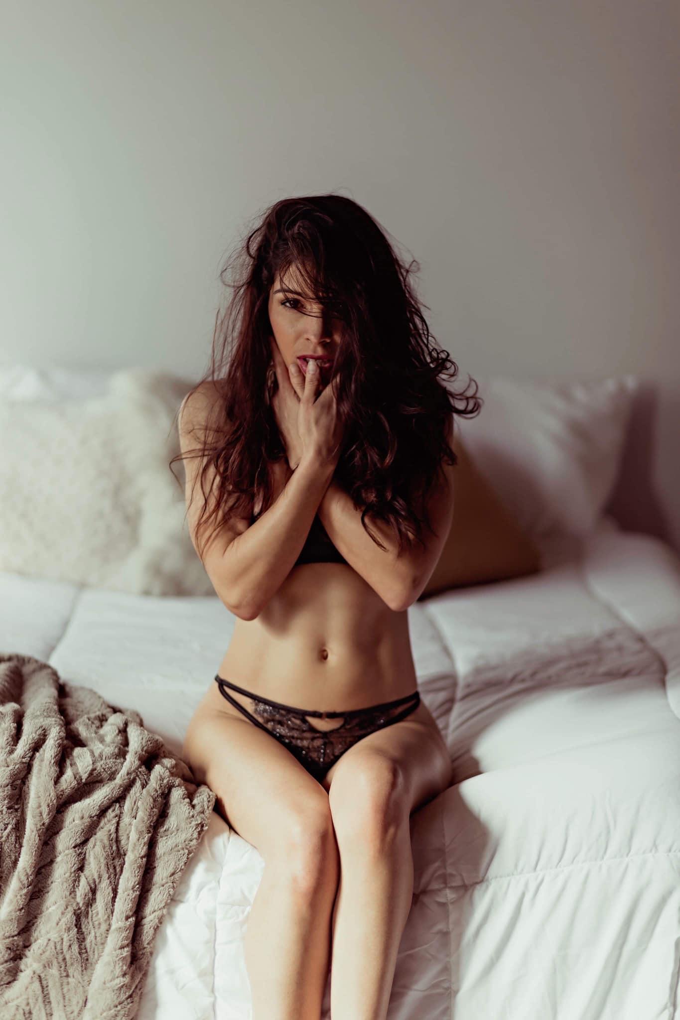 Lisa Lutz.jpg
