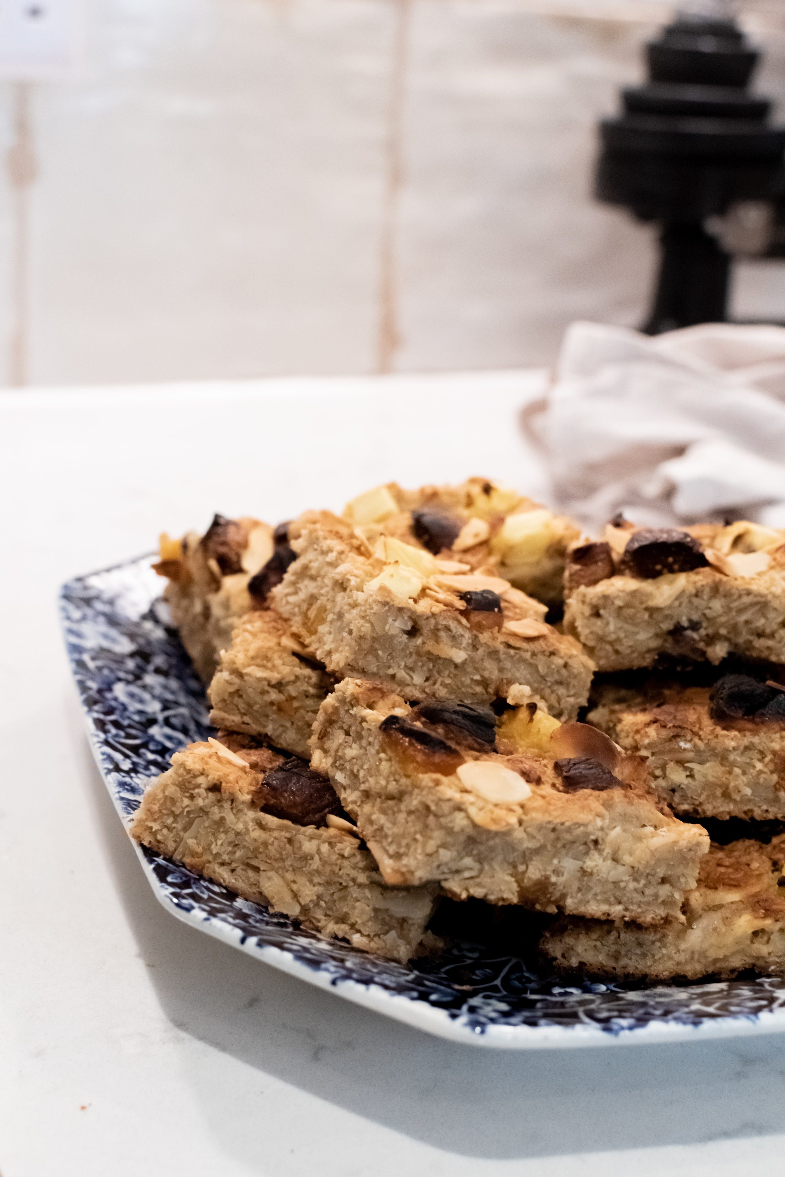 Fruity oat breakfast bars, perfect for getting toddlers to eat more fruit.