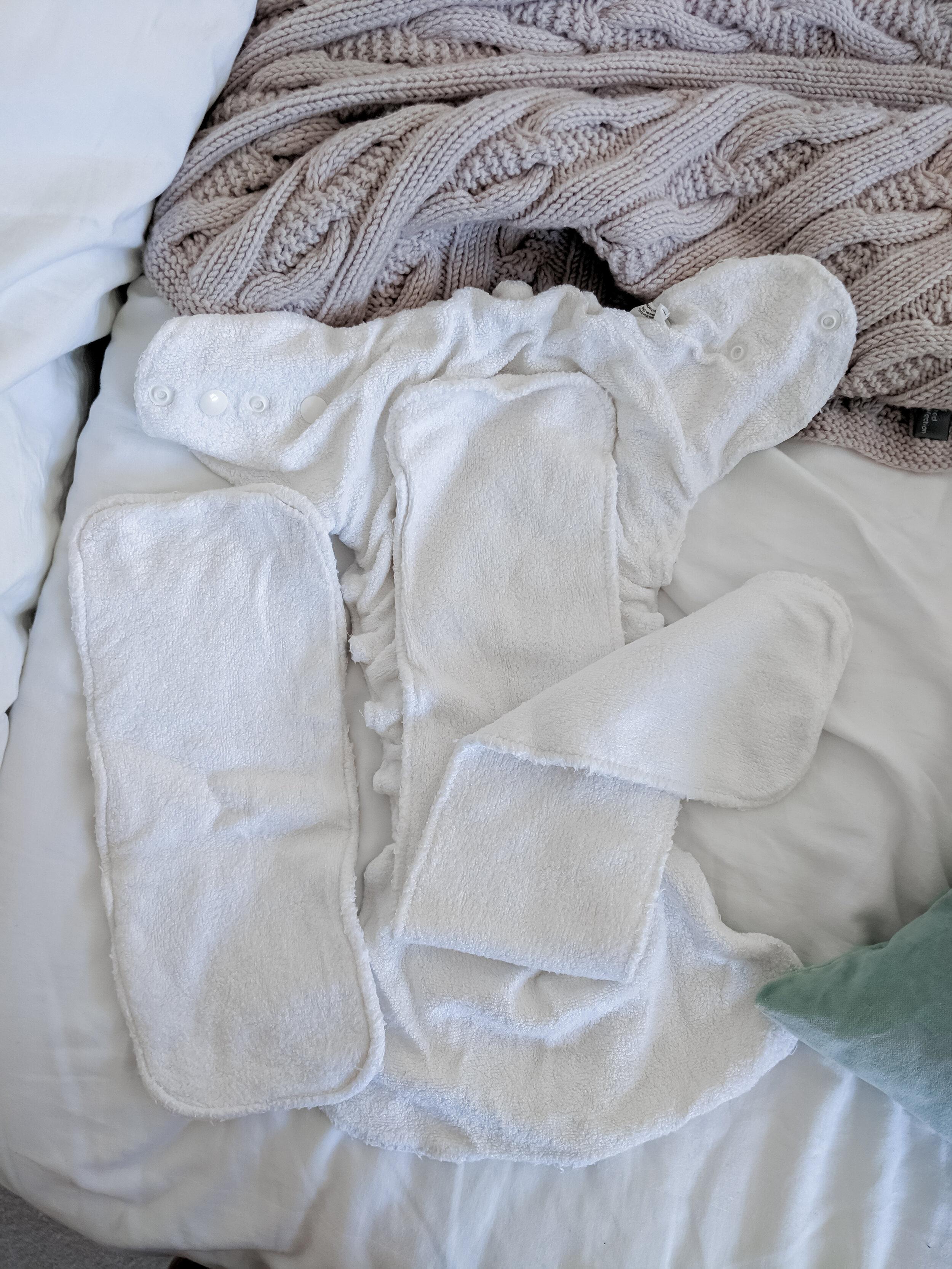 Petit Lulu Maxi Night fluffy organic fitted nappy in Faddy Pandas
