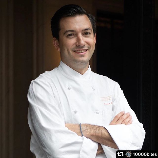 "#repost @10000bites ・・・ Super excited to welcome @aaronbludorn - EXECUTIVE CHEF, CAFE BOLOUD NEW YORK and ""THE FINAL TABLE"" CONTESTANT, SEASON 1 to #team10000 for our #culinaryarts #houstonevents #aroundtheworldin10000bites and #bubblesandbaubles @hmns - welcome aboard Chef! #linkinbio #almostsoldout #bucketlist"