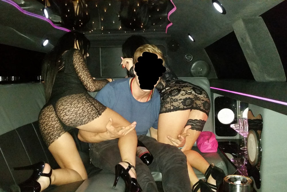 strippers limo_LI (2).jpg