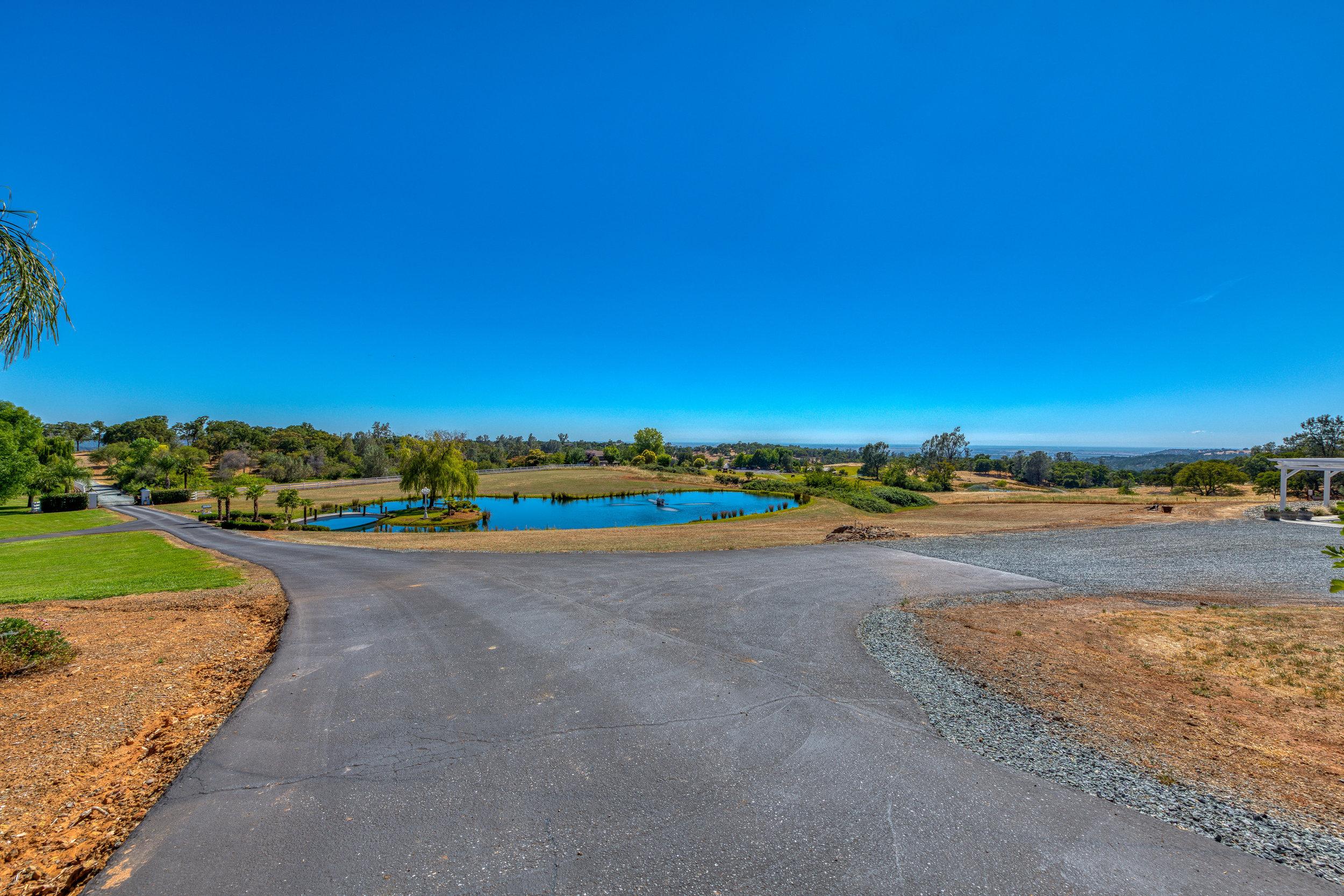 4200 Oak Valley Drive - 18.jpg