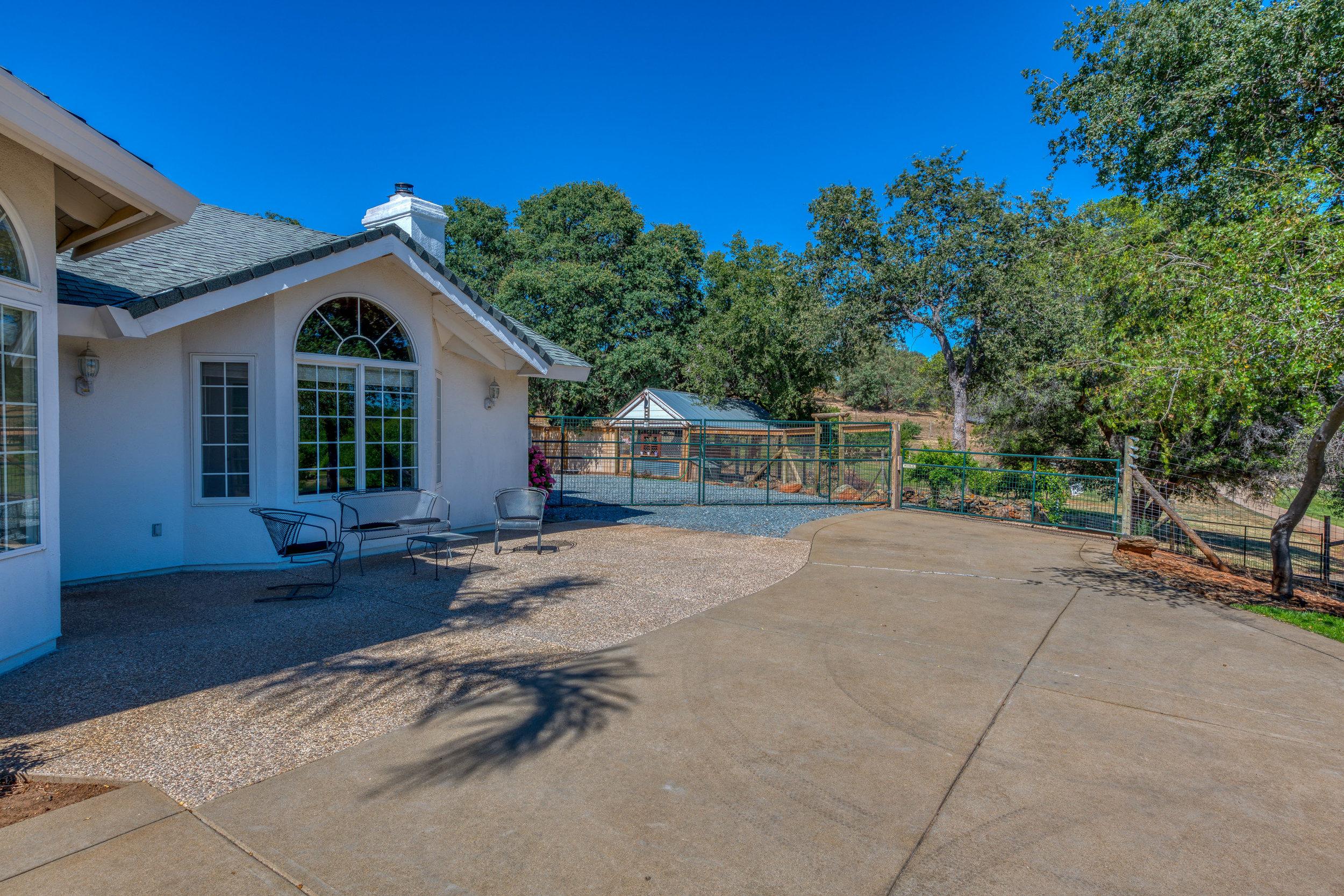 4200 Oak Valley Drive - 33.jpg