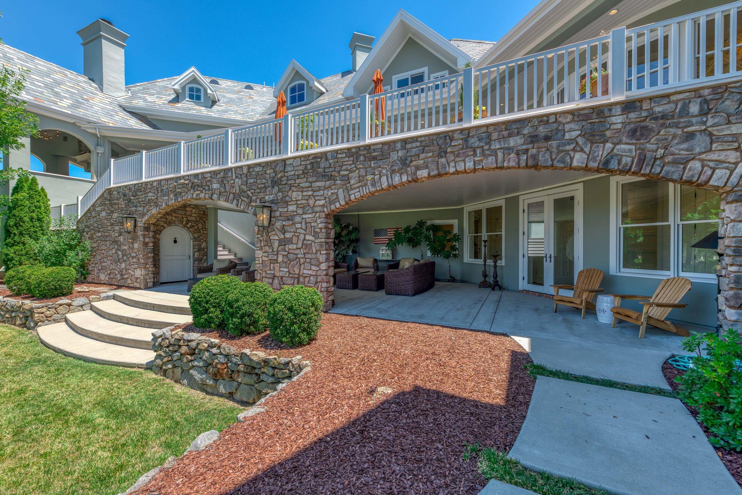 5851 Valle Vista Court 49.jpg