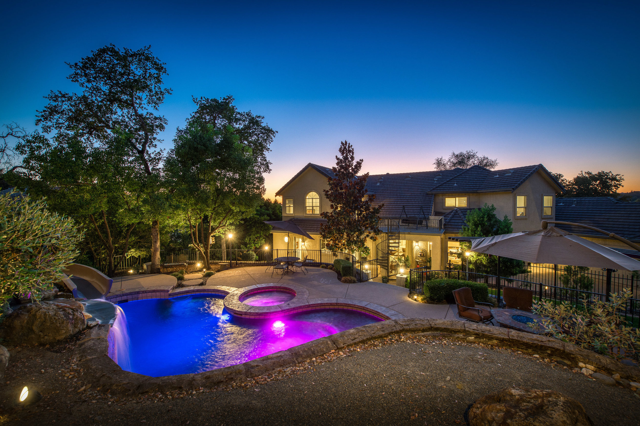2330 Clubhouse Drive - Twilight - 14.jpg