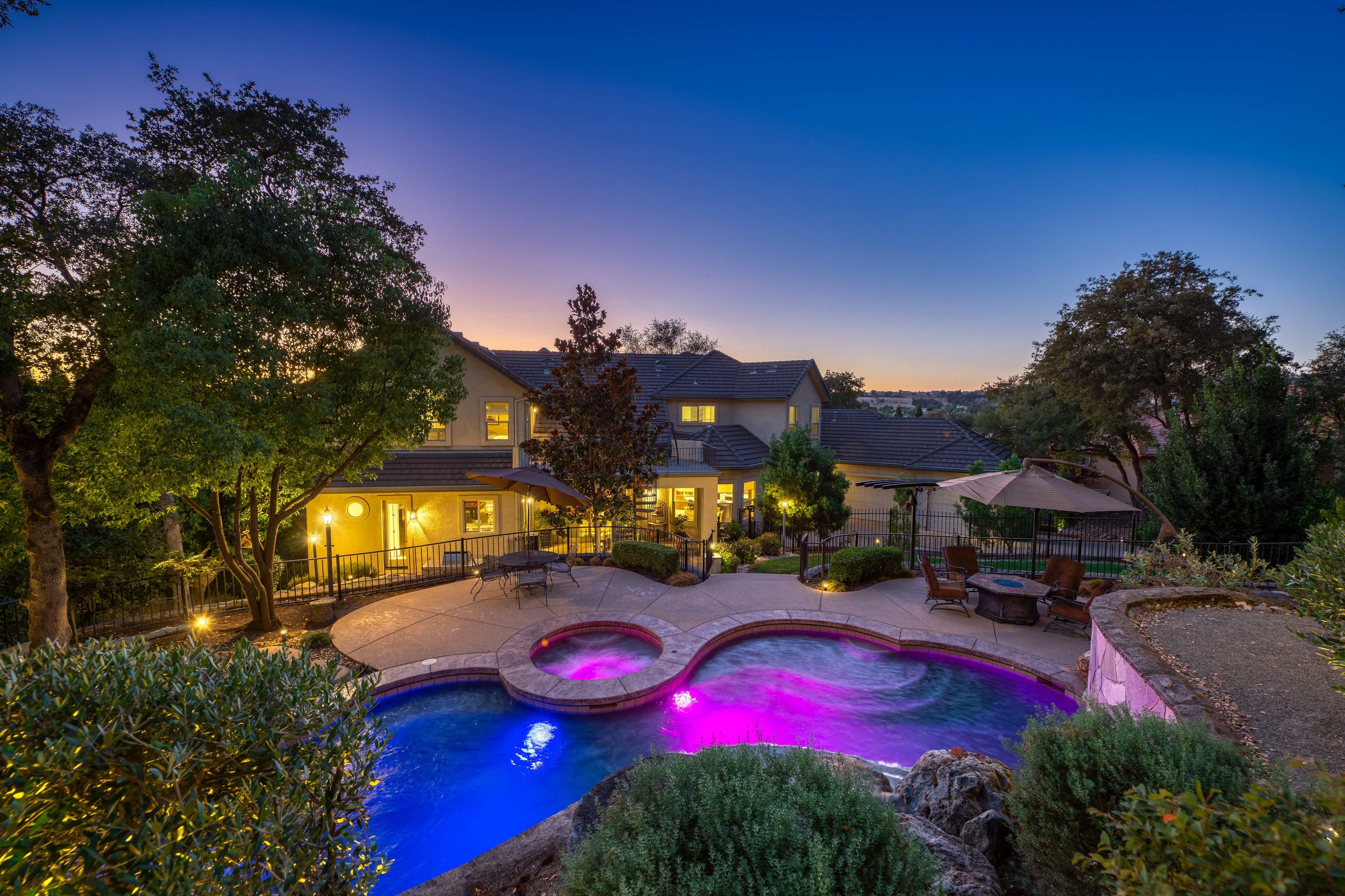 2330 Clubhouse Drive - Twilight - 9.jpg