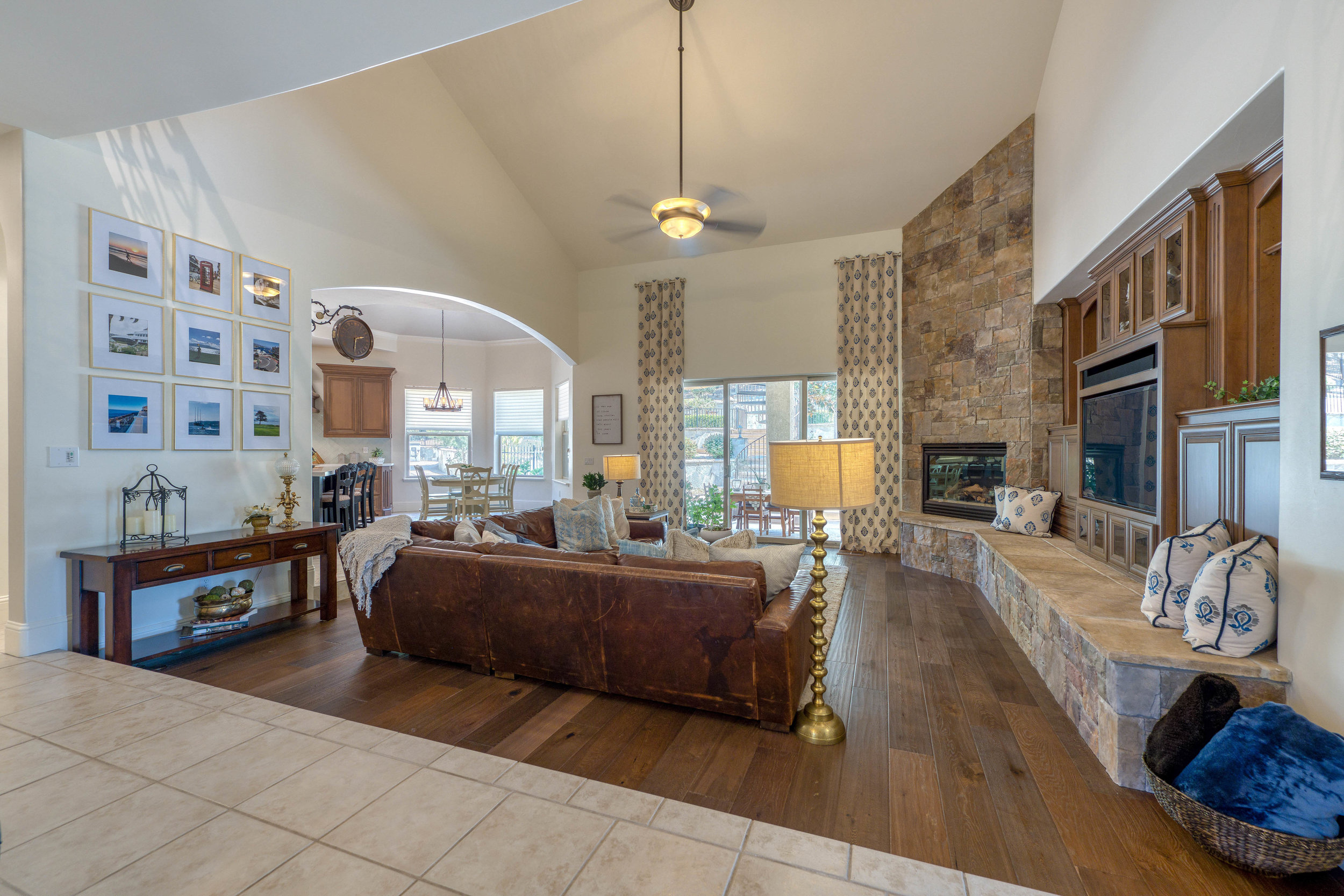 2330 Clubhouse Drive 16.jpg