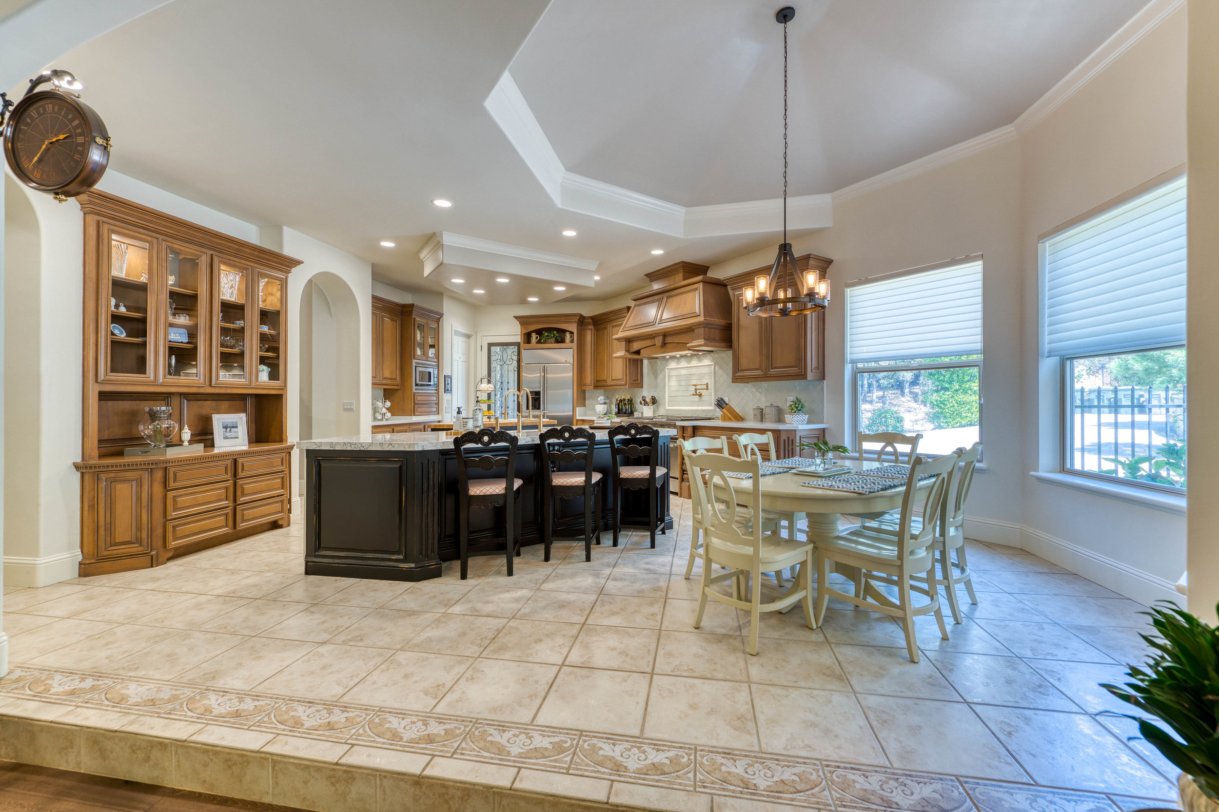 2330 Clubhouse Drive 20.jpg
