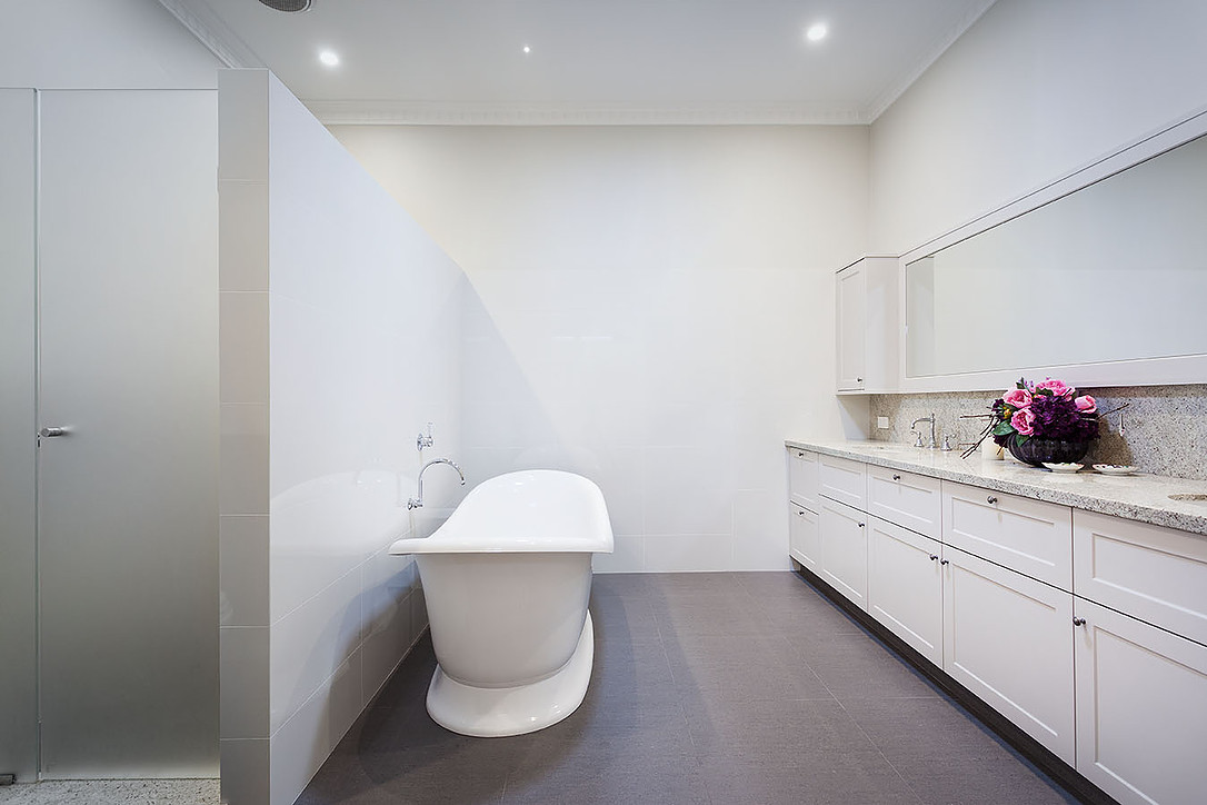 clieveden_bathroom_01.jpg