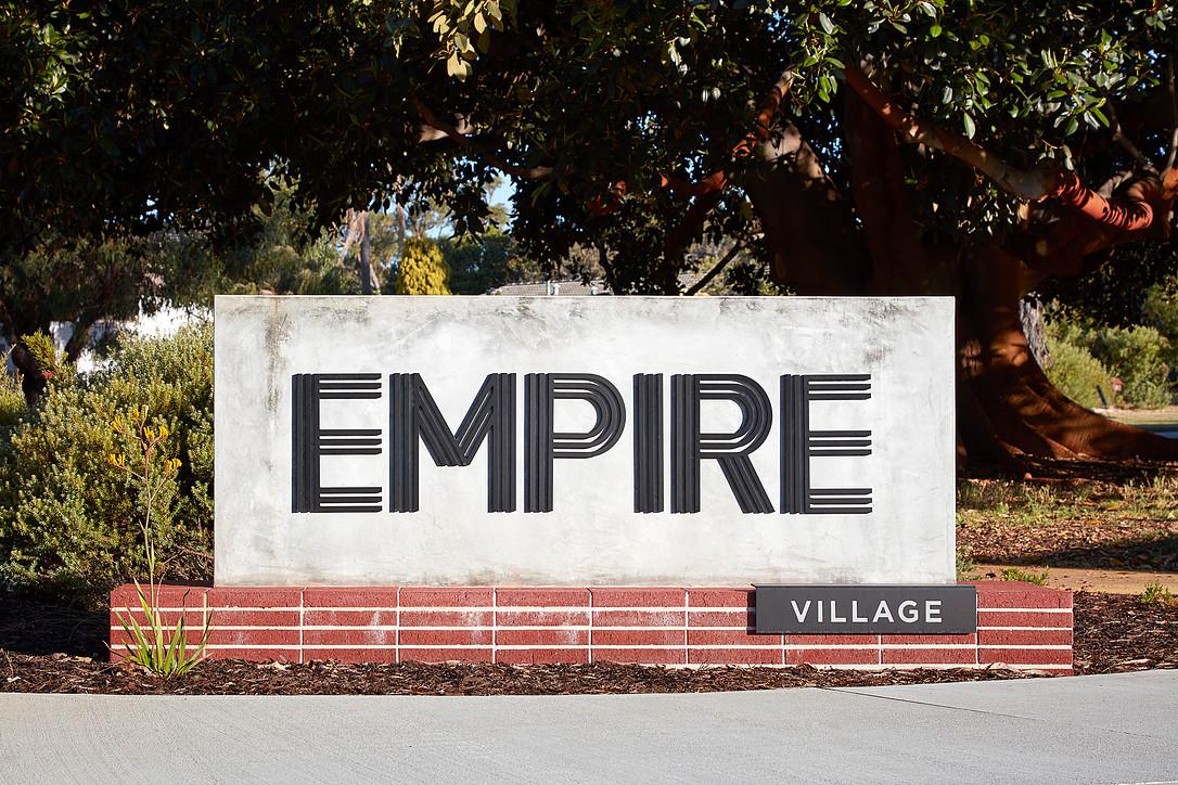 empire_01.jpg