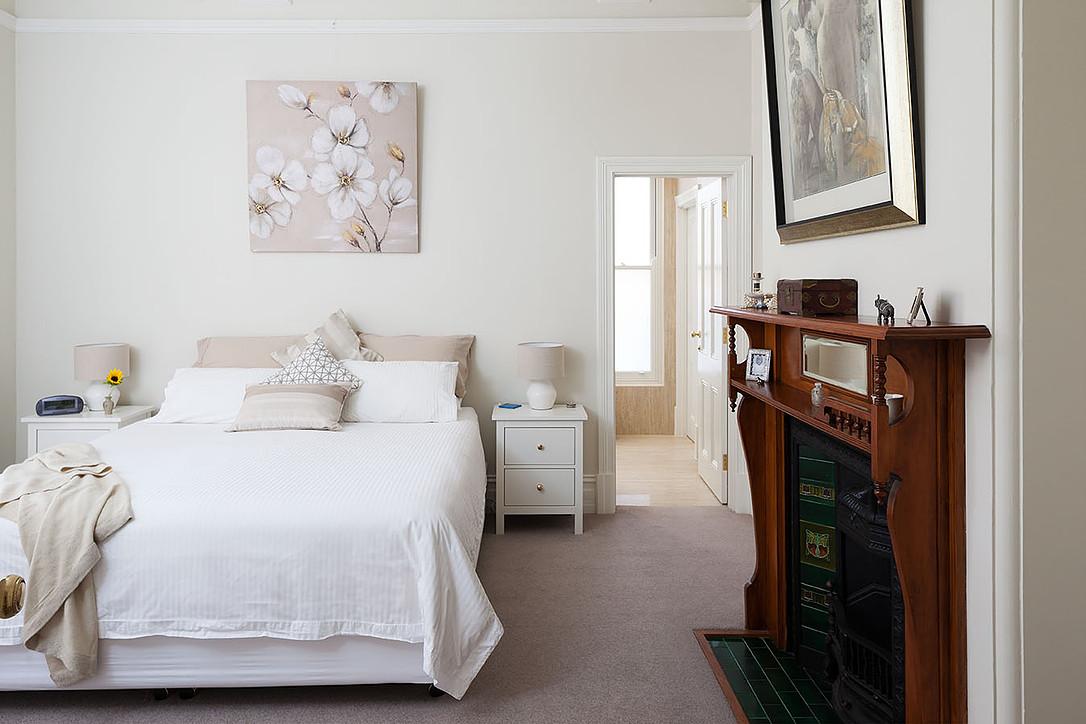 mccourt_bedroom.jpg