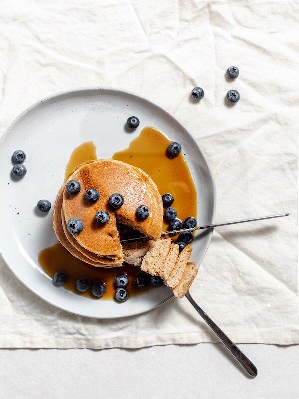 Oat%2C+Banana+and+Blueberry+Pancakes