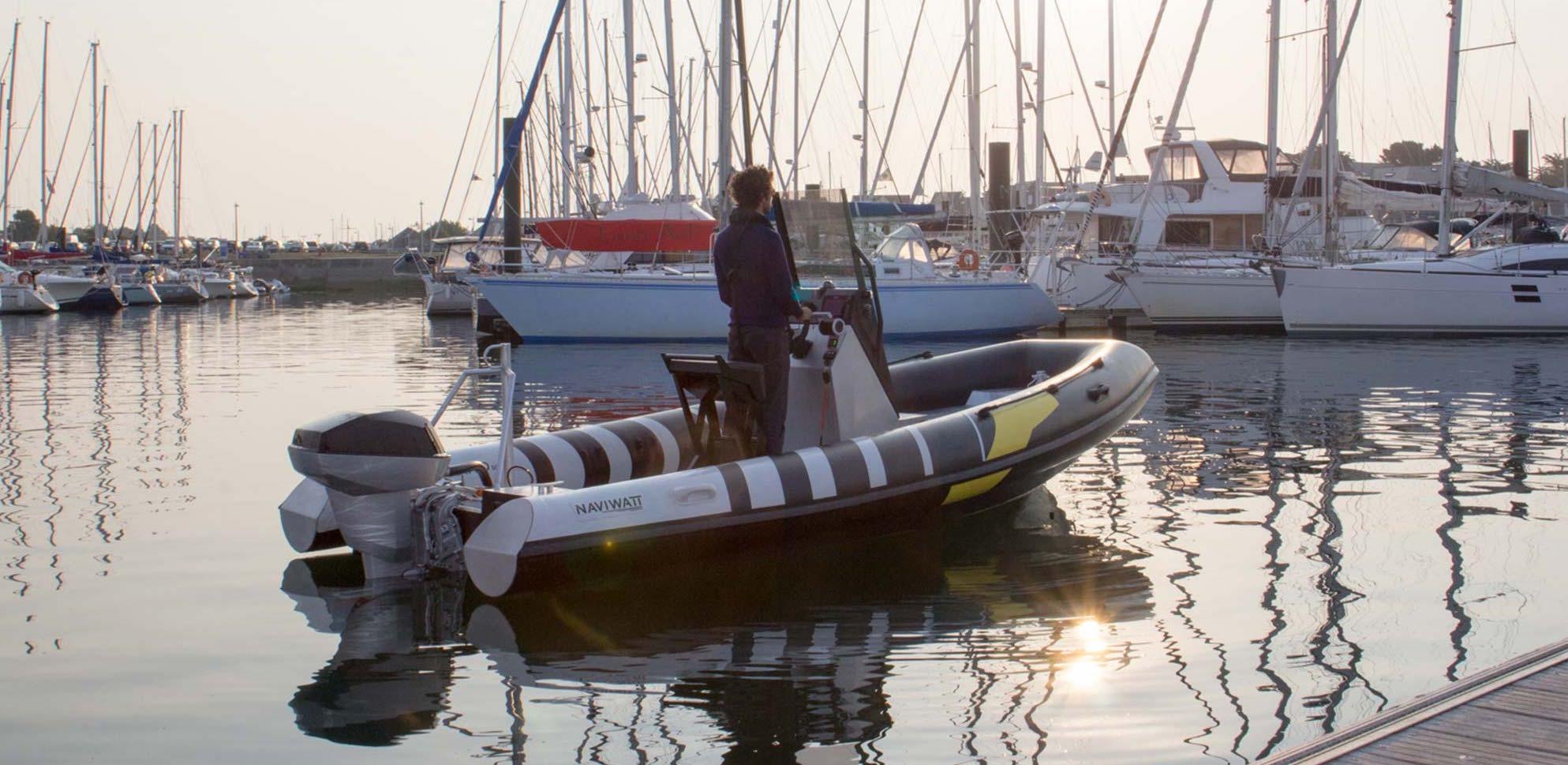 ZenPro_electric_boat_2000.jpg