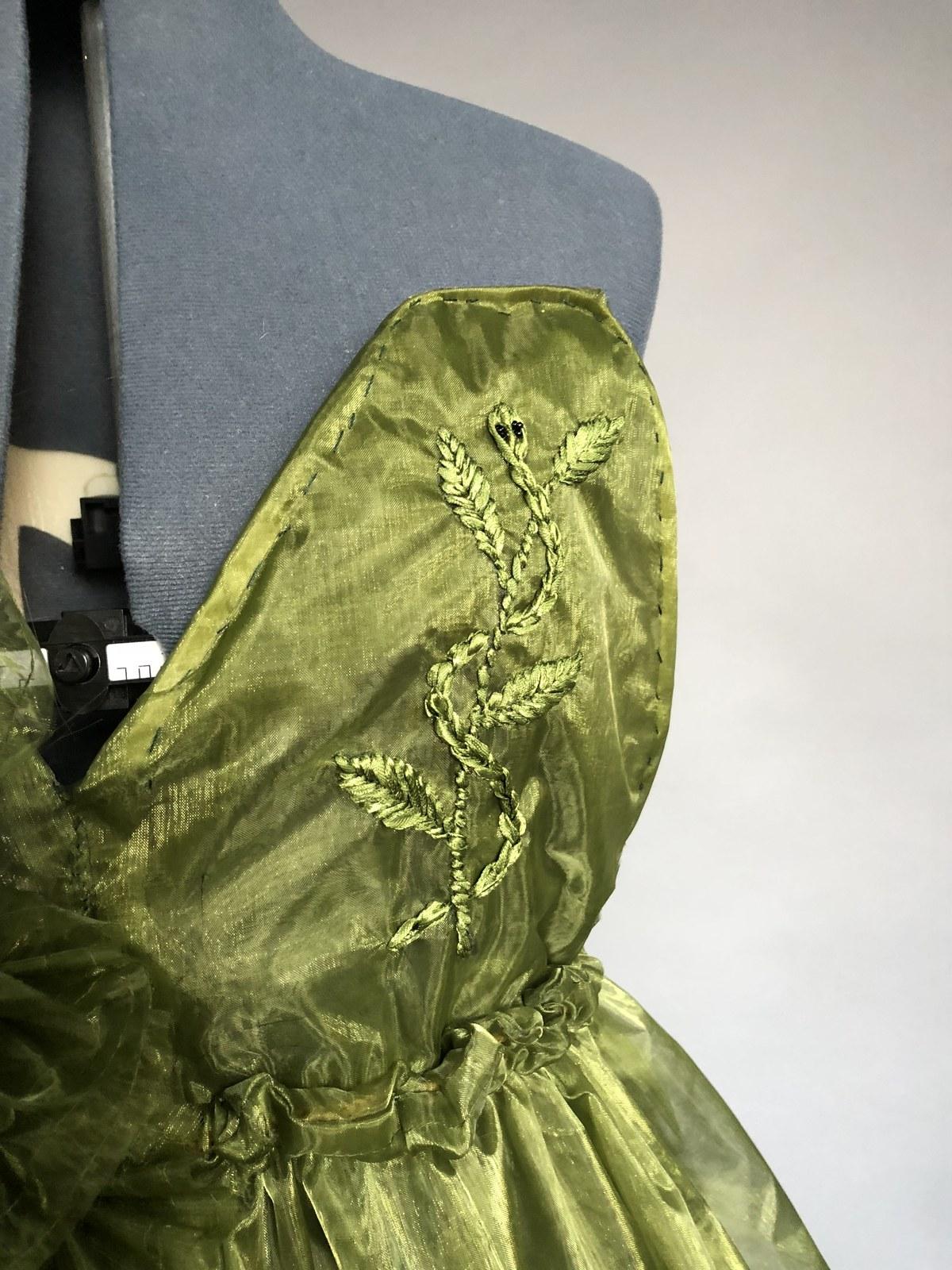 green dress embroidery detail.jpg