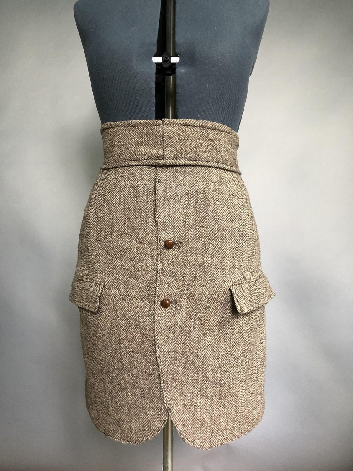 jackert skirt front.jpg
